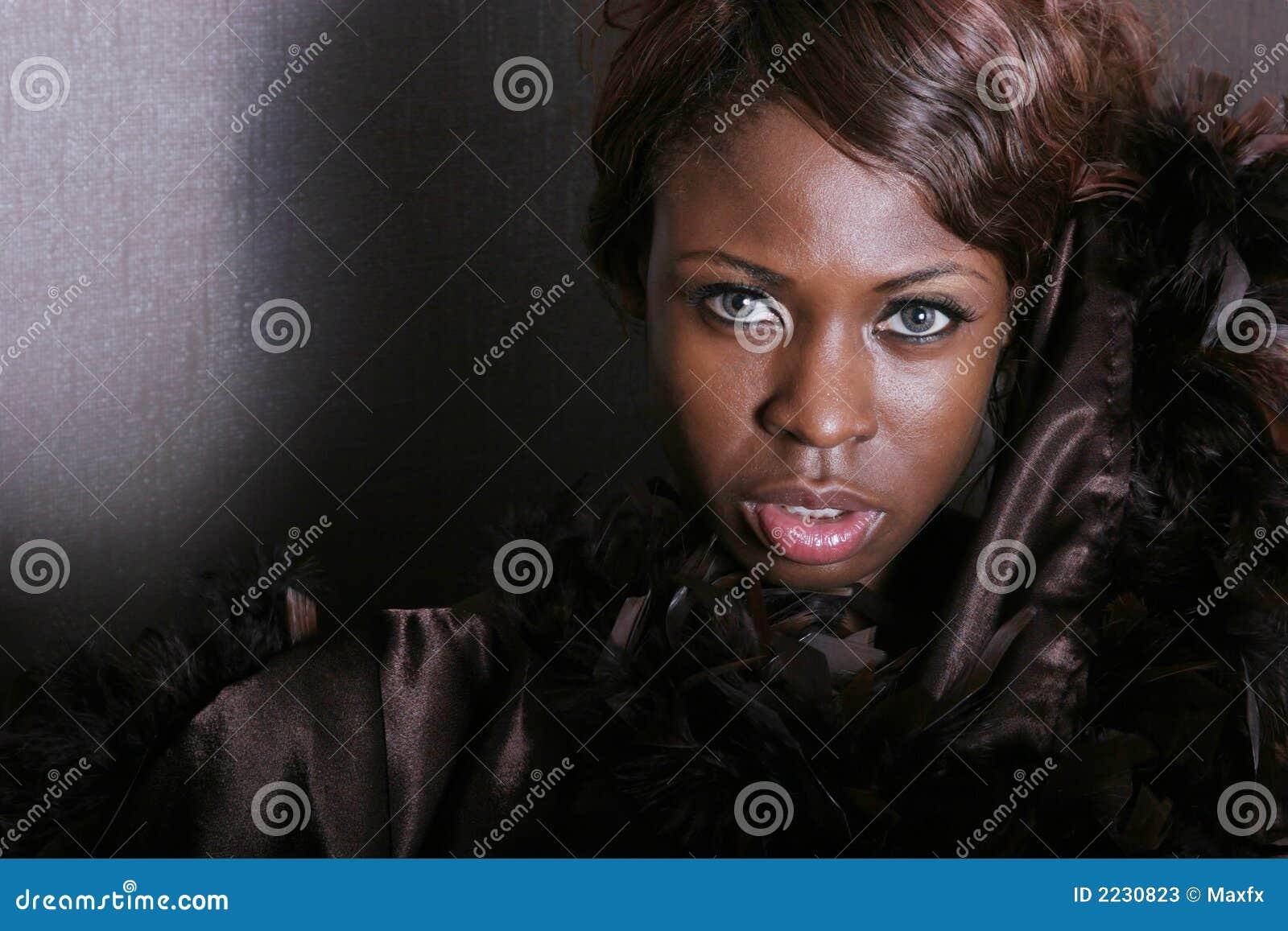 μαύρη προκλητική γυναίκα