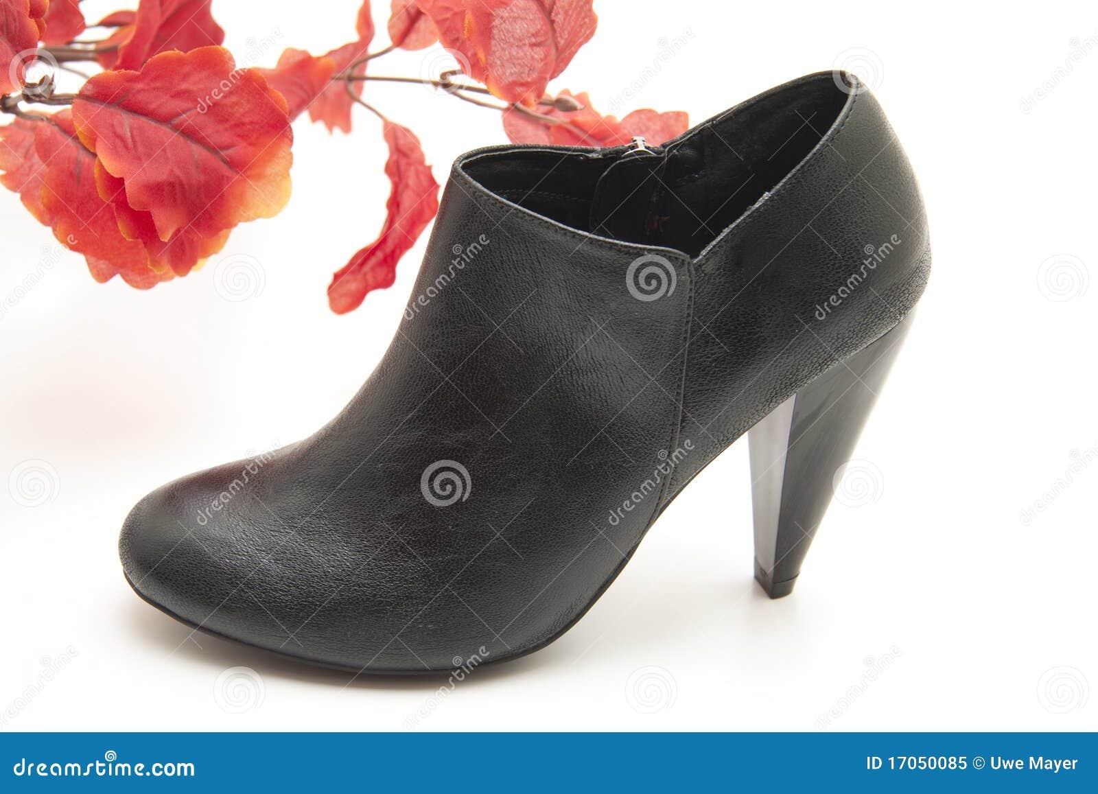 μαύρο γυναικείο παπούτσι