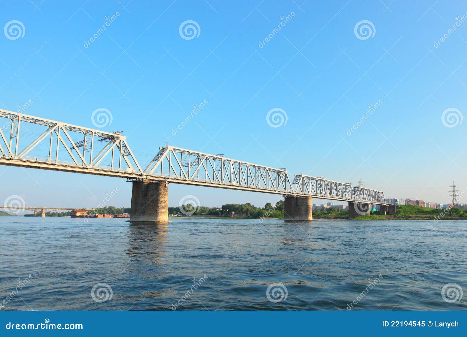 μεγάλη γέφυρα