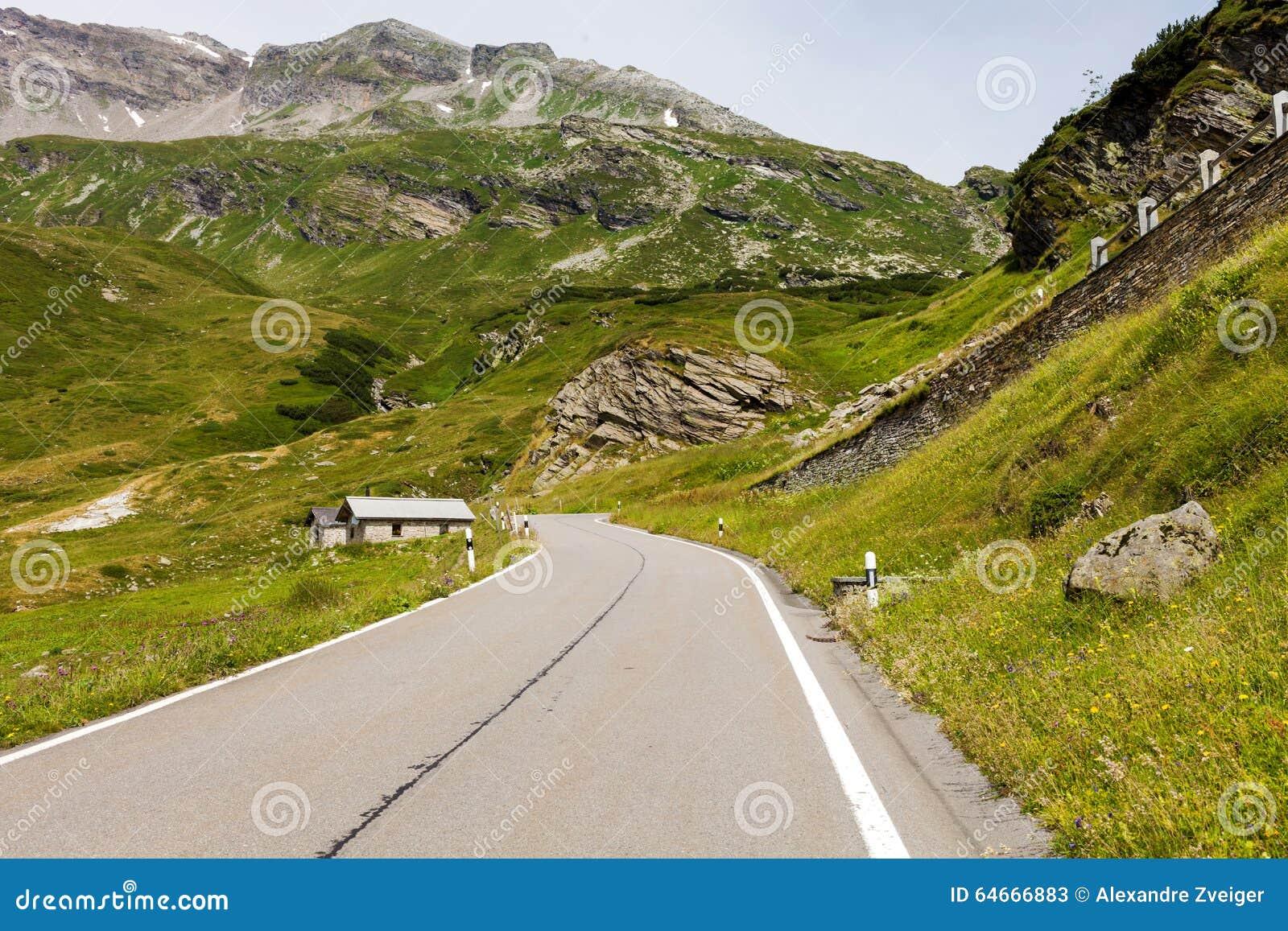 μεγάλα βουνά βουνών τοπίων