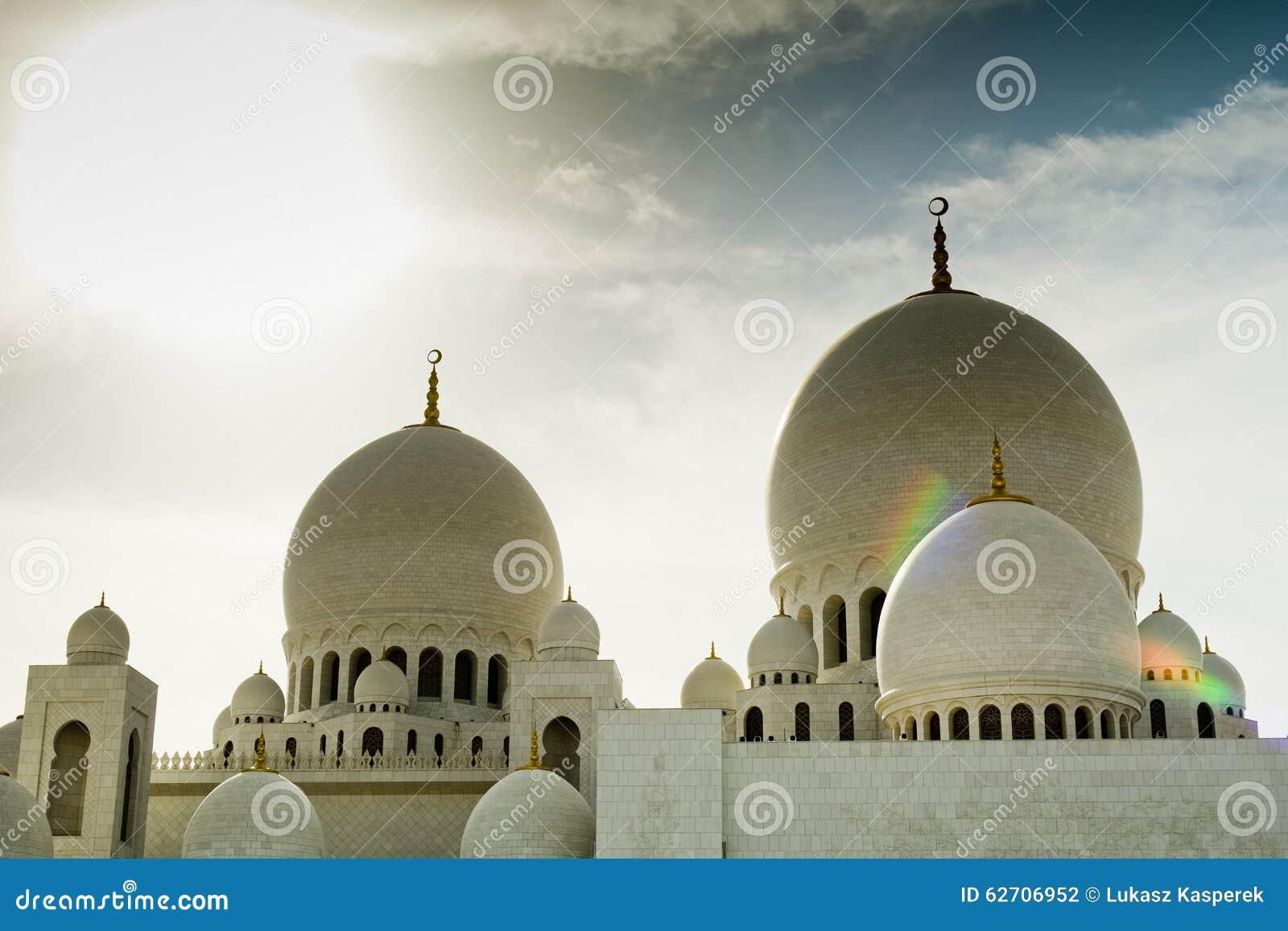 Μεγάλος θόλος μουσουλμανικών τεμενών, Αμπού Ντάμπι, Ε.Α.Ε.