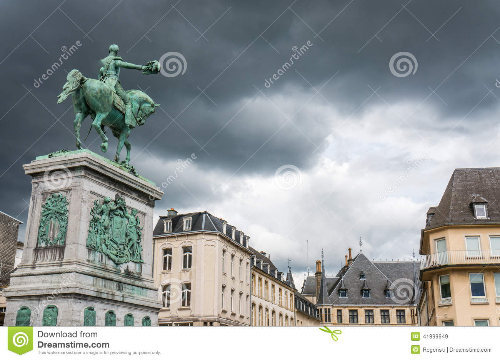μεγάλος ΙΙ λουξεμβούργιο άγαλμα William δουκών