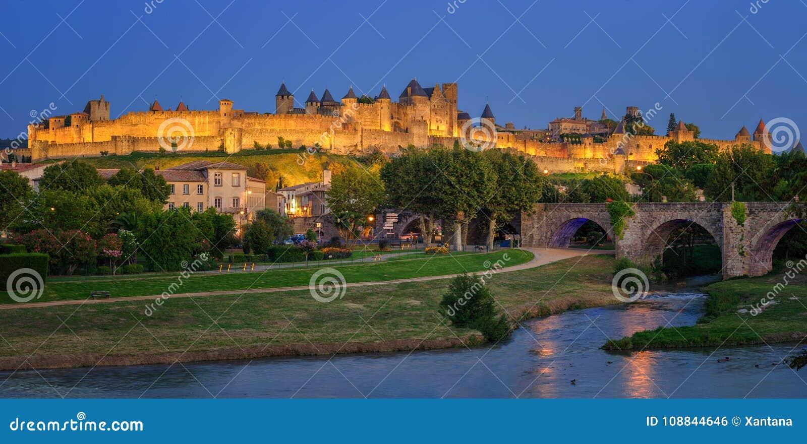 Μεσαιωνική παλαιά πόλη του Carcassonne, Languedoc, Γαλλία