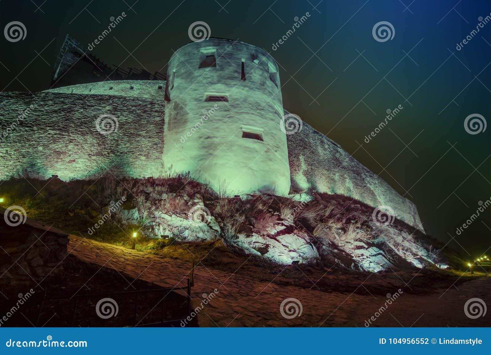 Μεσαιωνικό φρούριο Deva στην Ευρώπη, Ρουμανία