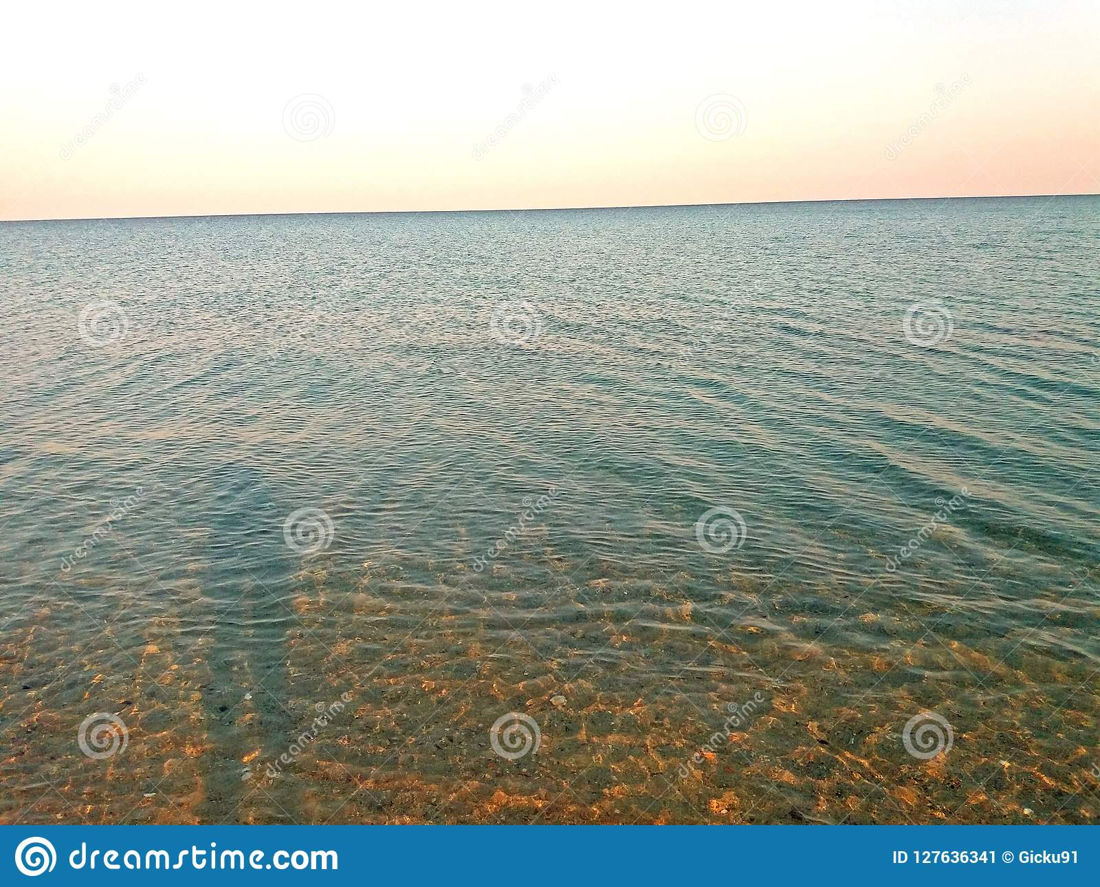 Μεσόγειος το πρωί, στην Ελλάδα αυξημένος