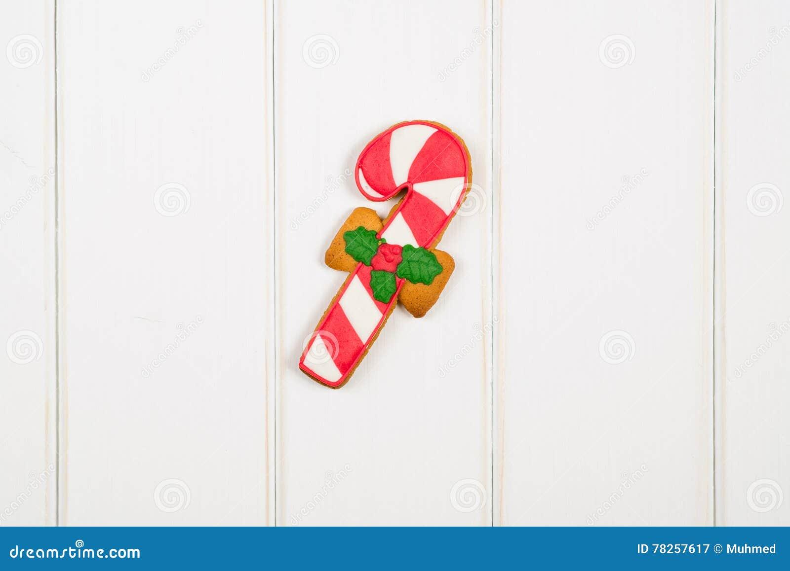 Μελόψωμο Χριστουγέννων στο άσπρο ξύλινο υπόβαθρο Διάστημα για το κείμενο