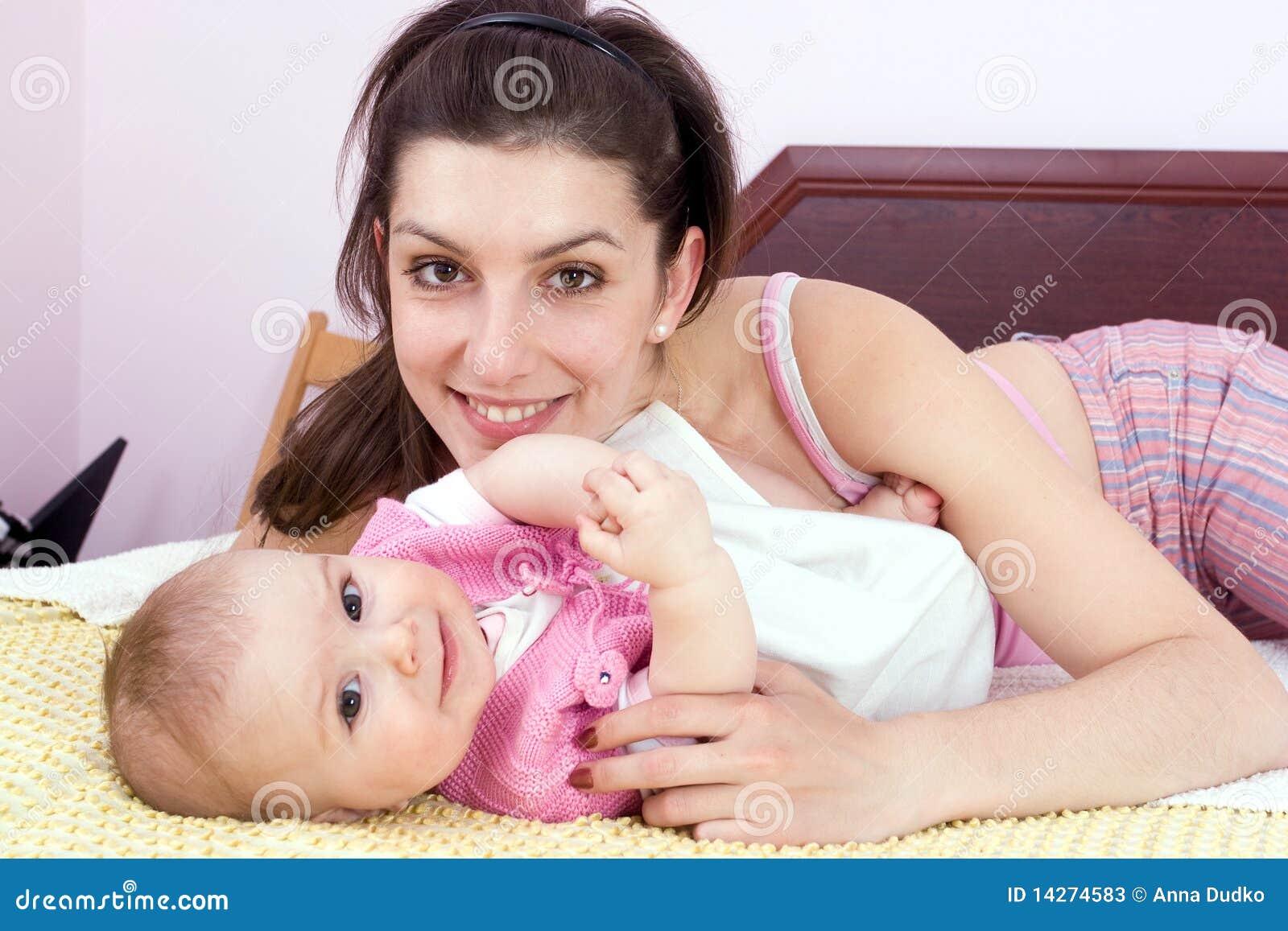 μητέρα παιδιών