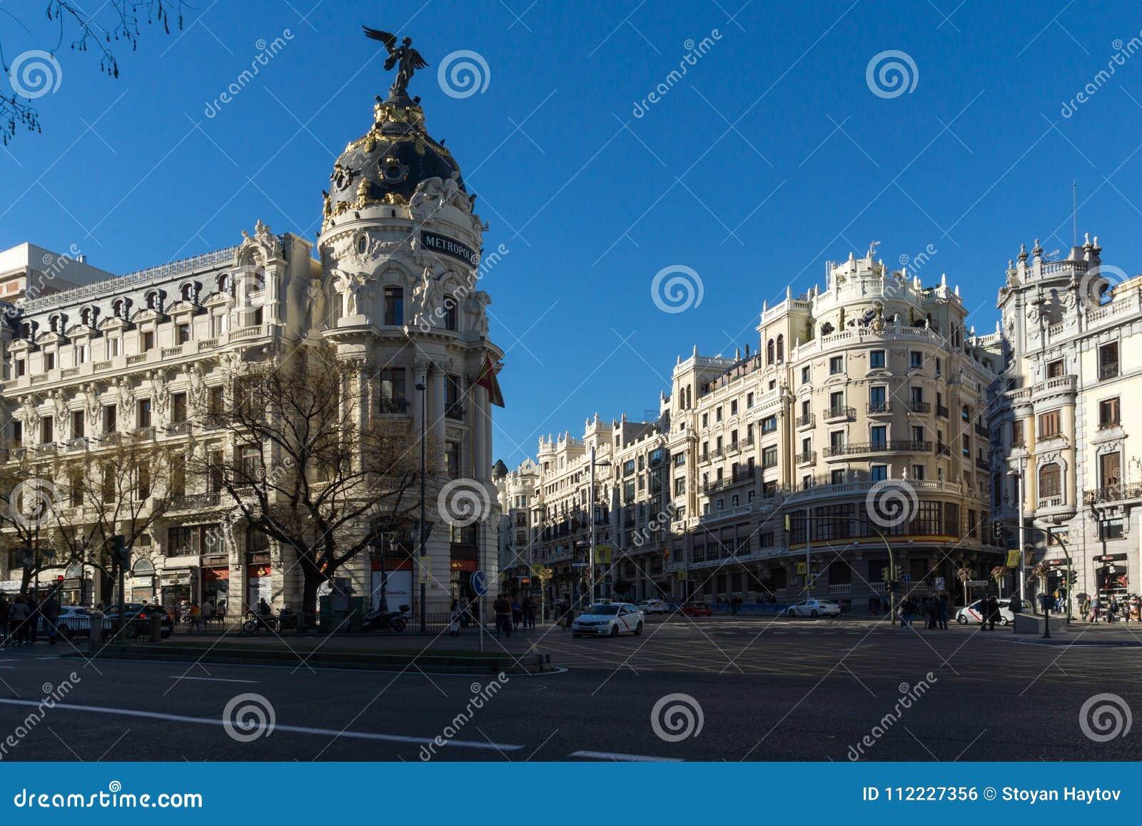 Μητρόπολη που χτίζει τη μητρόπολη Edificio σε Alcala και Gran μέσω των οδών στην πόλη της Μαδρίτης, S