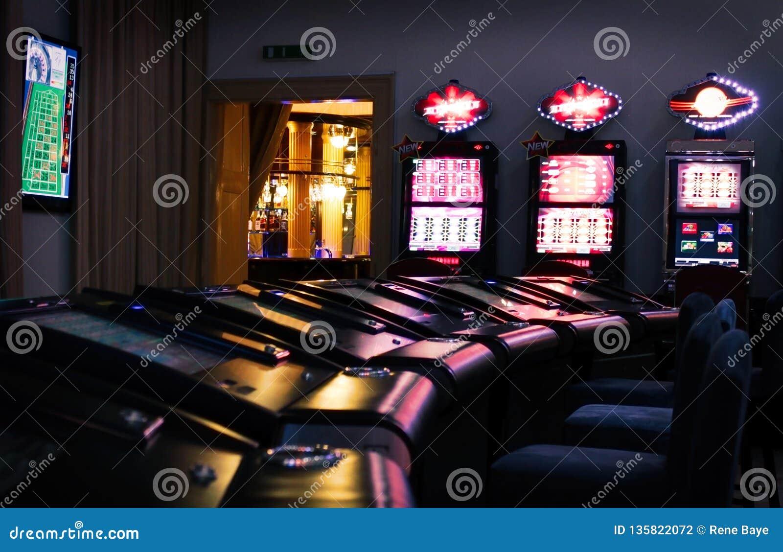 Μηχανές χαρτοπαικτικών λεσχών