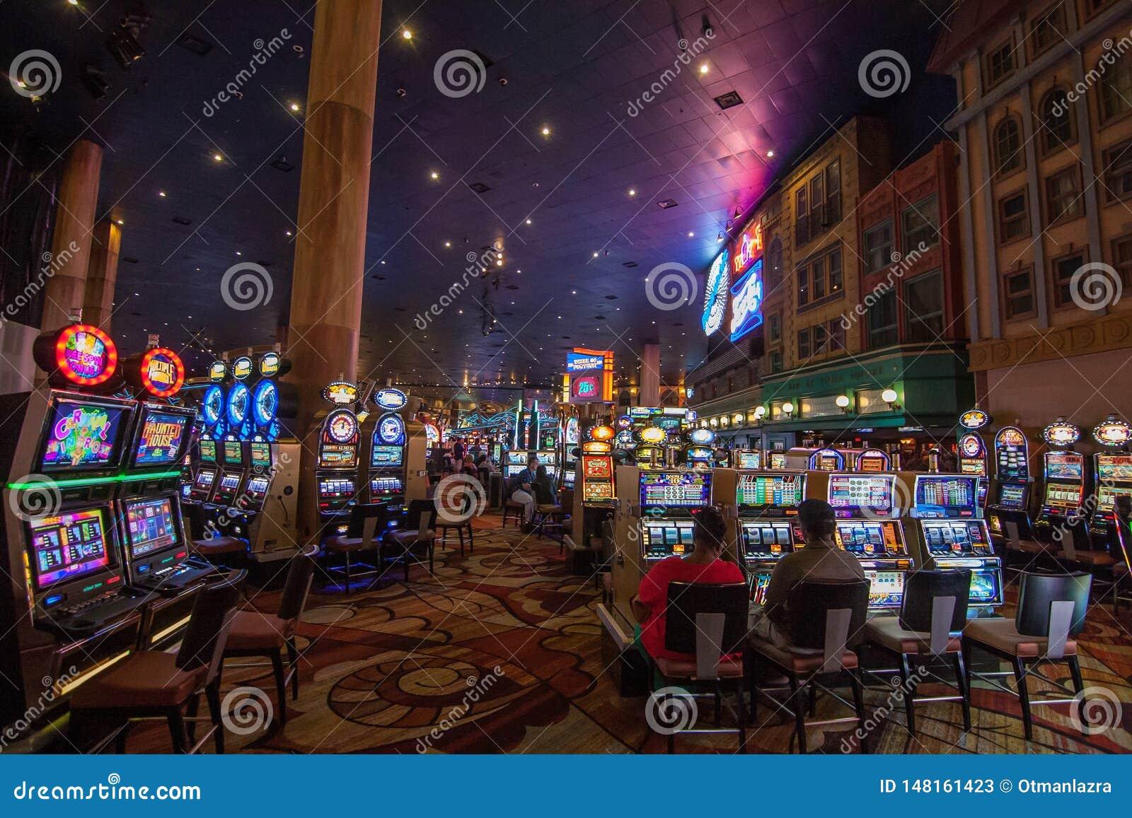 Μηχανήματα τυχερών παιχνιδιών με κέρματα στο νέο Υόρκη-νέο ξενοδοχείο της Υόρκης