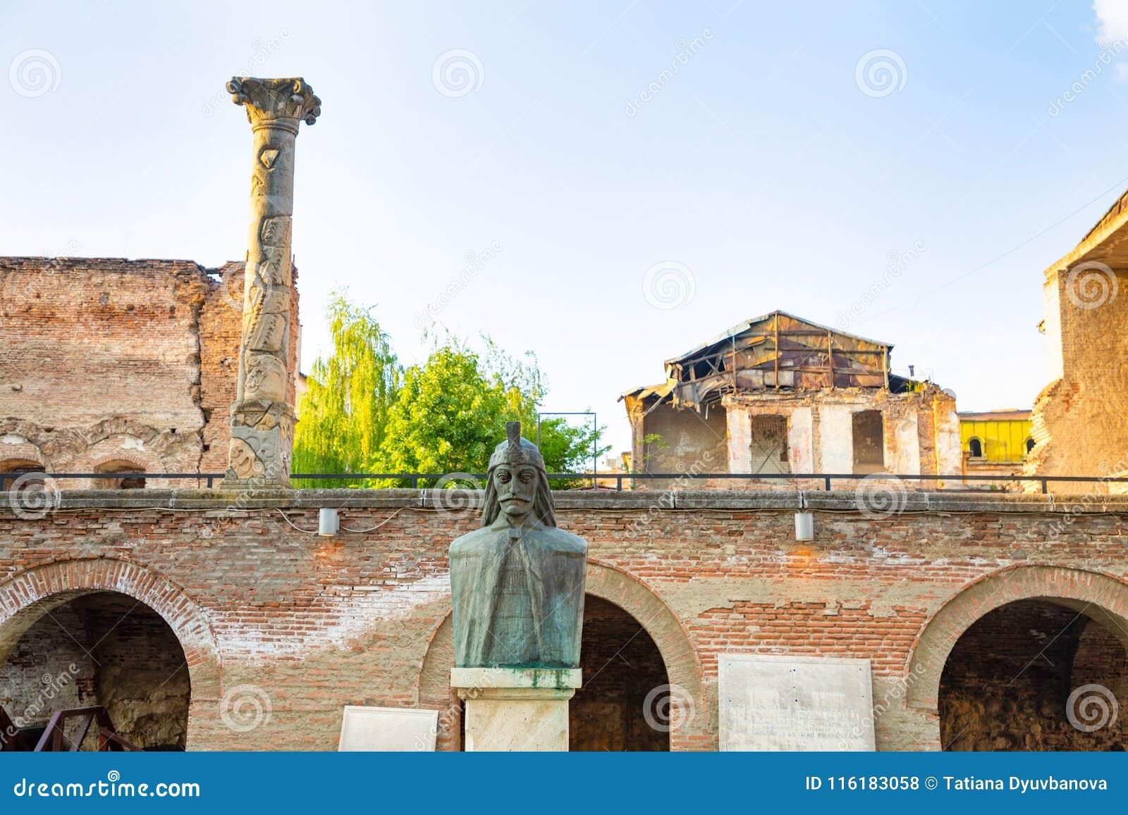 Μια αποτυχία Vlad Tepes, Vlad το Impaler, η έμπνευση για Dracula, στο παλαιό πριγκηπικό δικαστήριο, Curtea Veche, μέσα