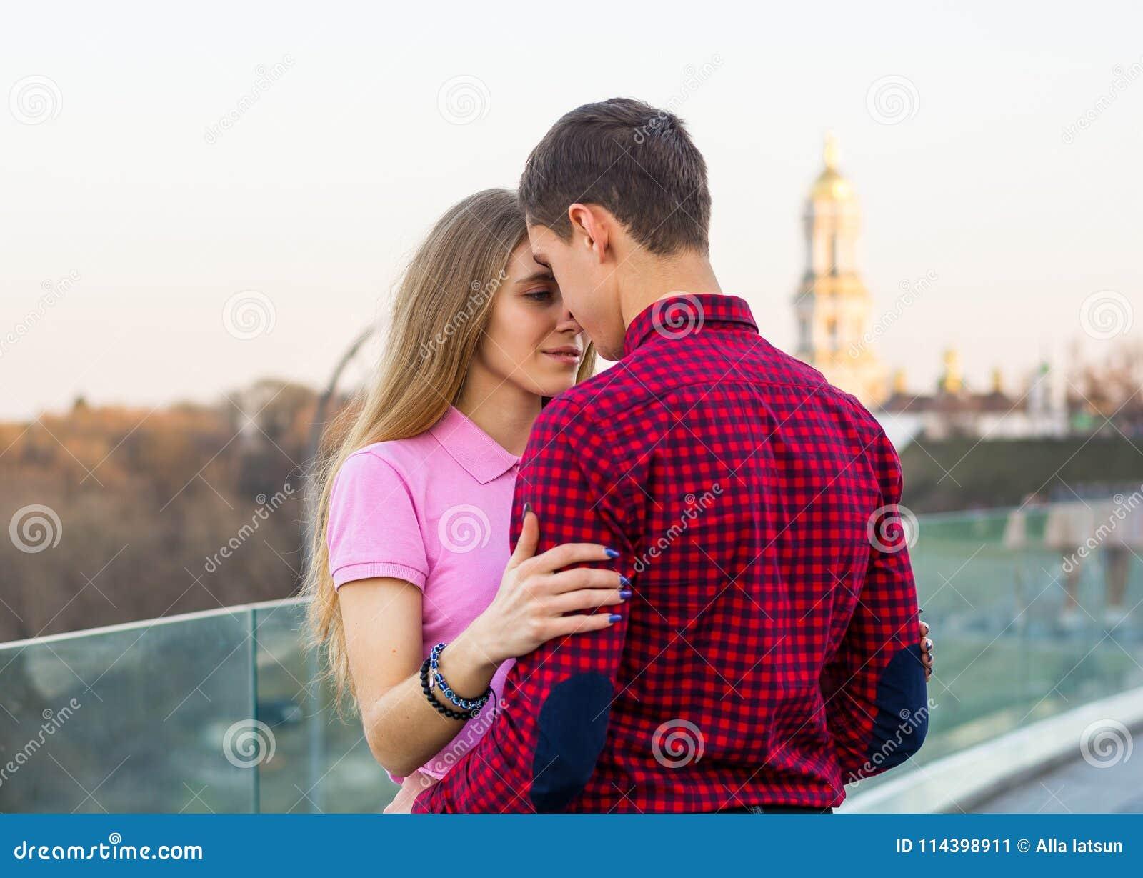 Γκάνα θηλυκό dating