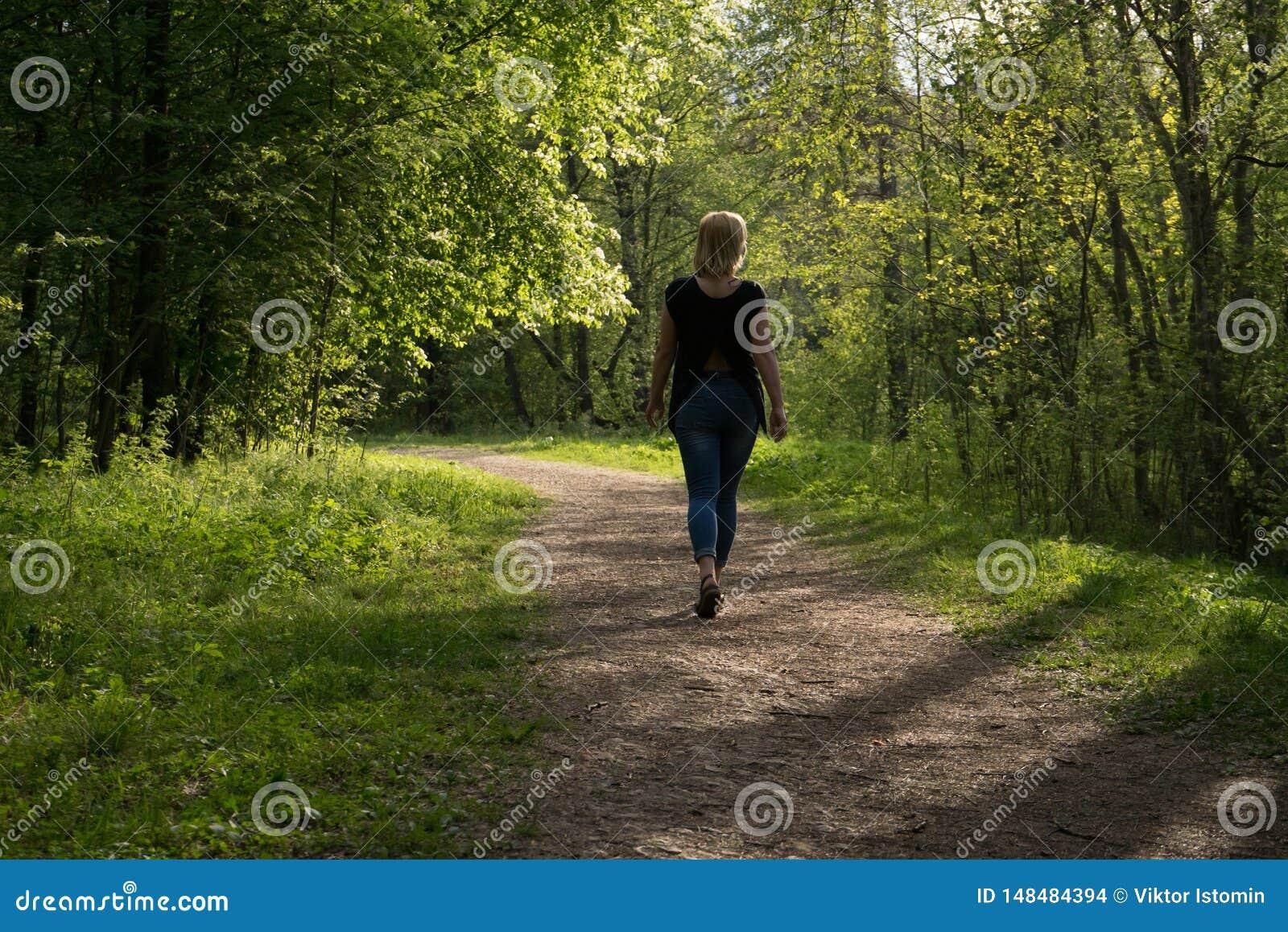 Μια καλημέρα για τους περιπάτους και η χαρά της φρεσκάδας του αέρα και της φύσης
