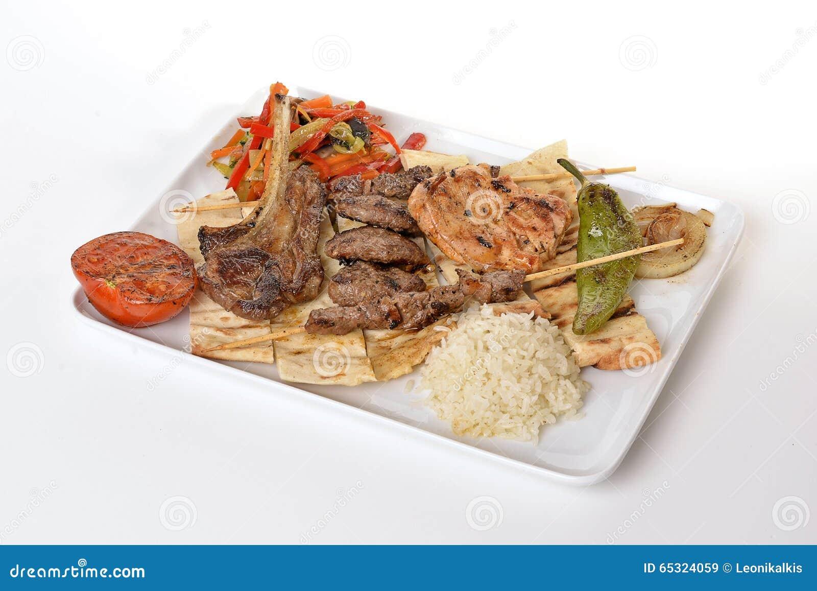Μικτό Kebab (shish μπριζόλα αρνιών κεφτών)