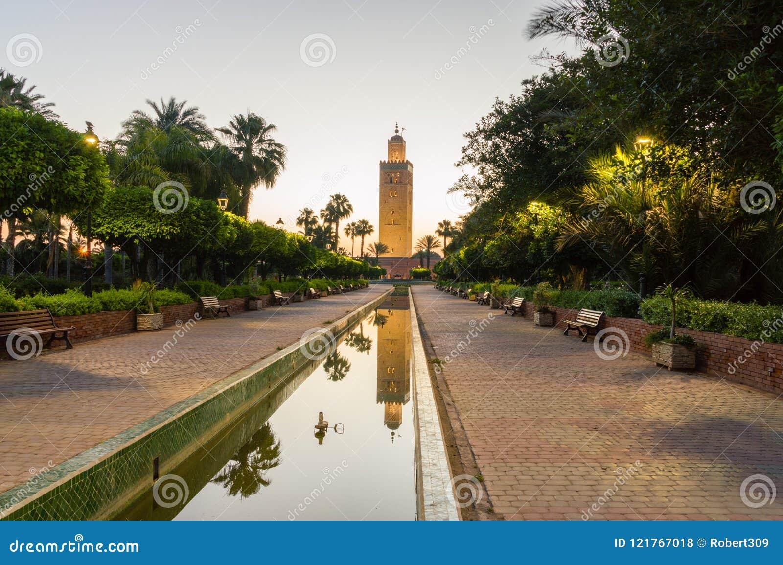 Μιναρές του μουσουλμανικού τεμένους Koutoubia στην ανατολή στο Μαρακές