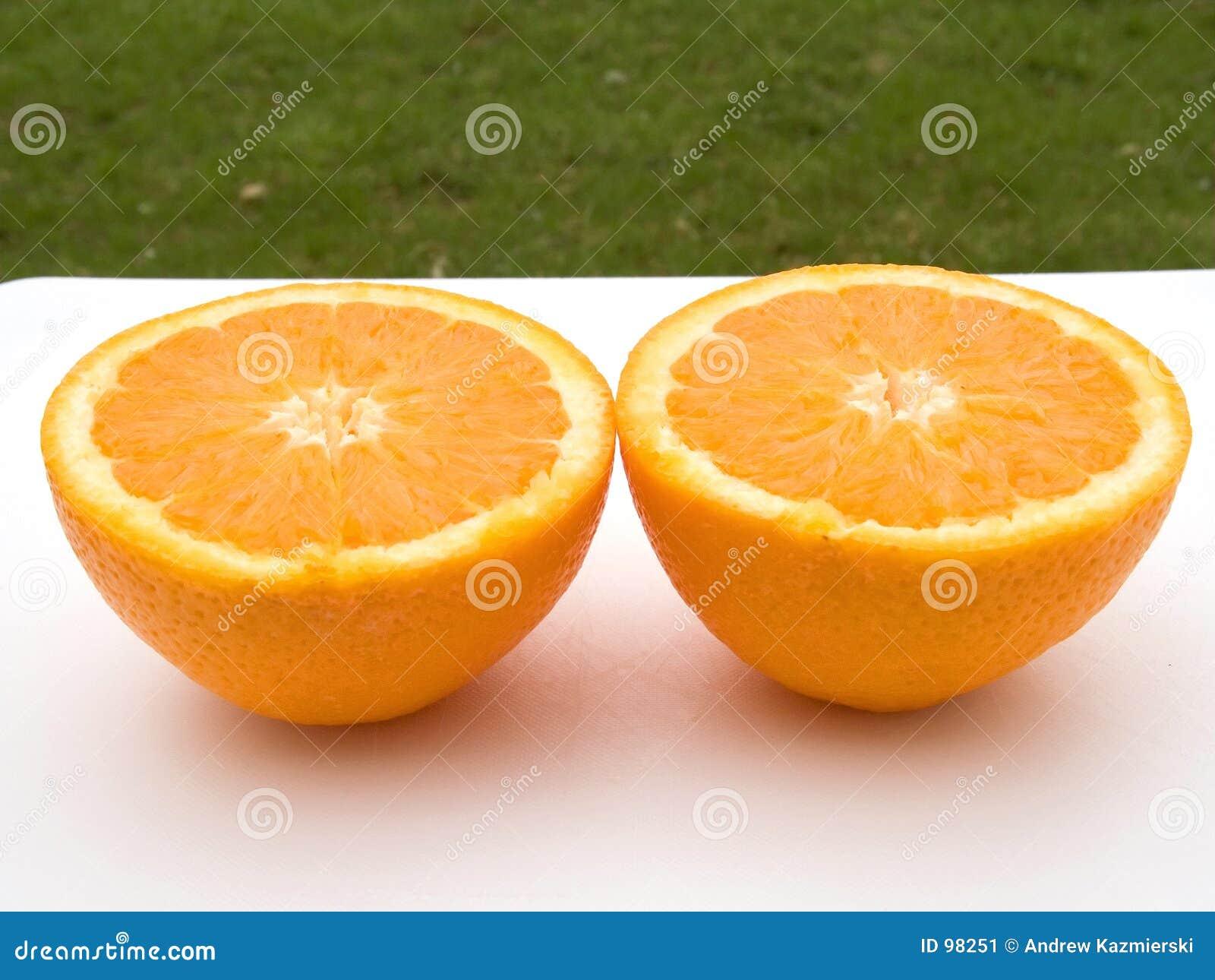 μισά πορτοκάλια δύο