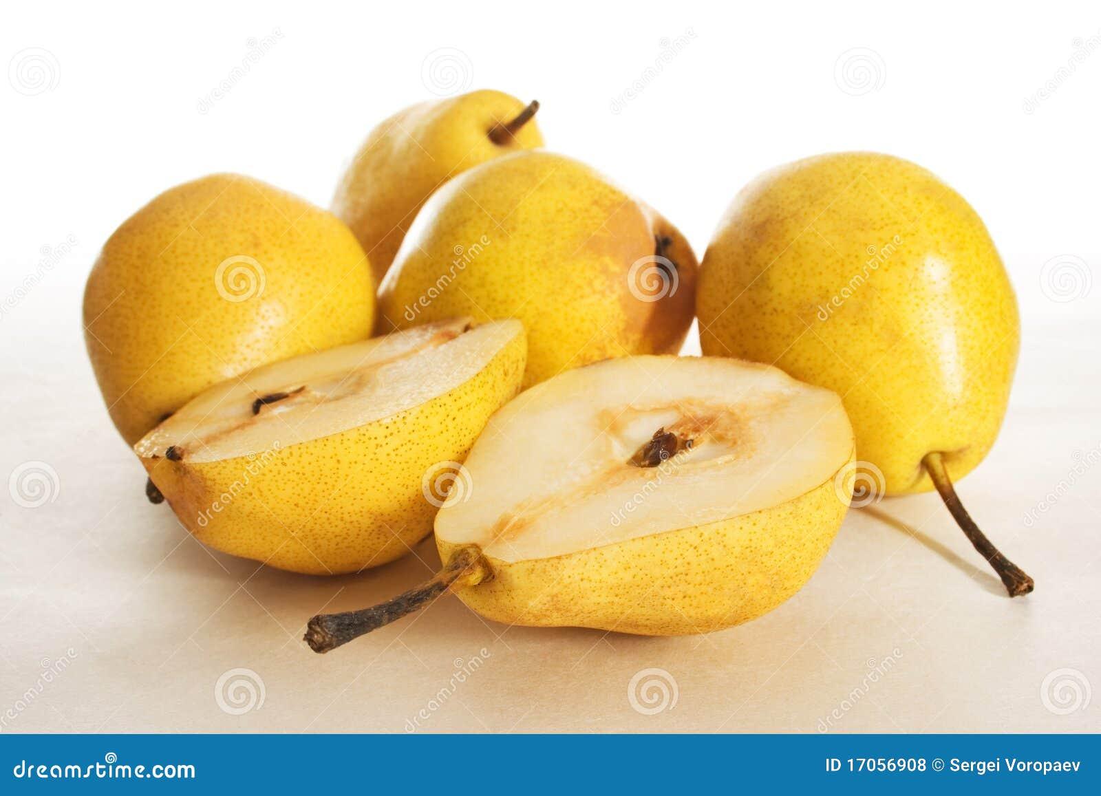 μισό αχλάδι καρπού