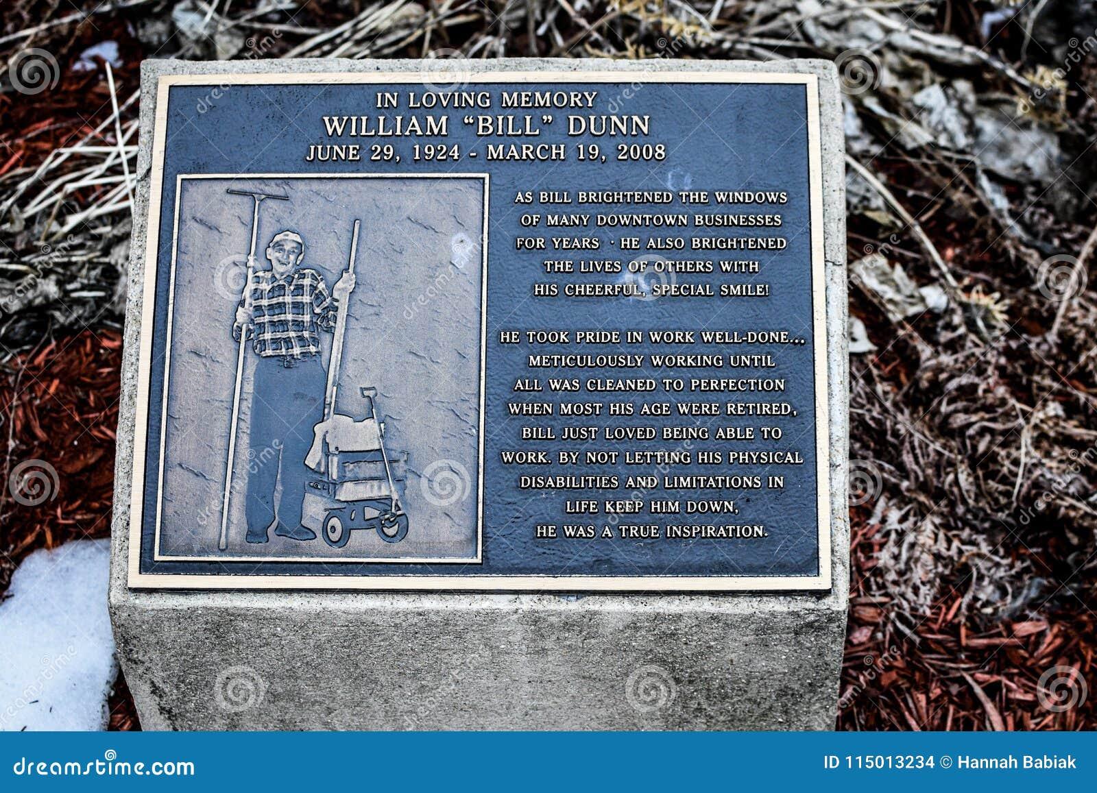 Μνημείο του William ` Μπιλ ` Dunn - Janesville, WI