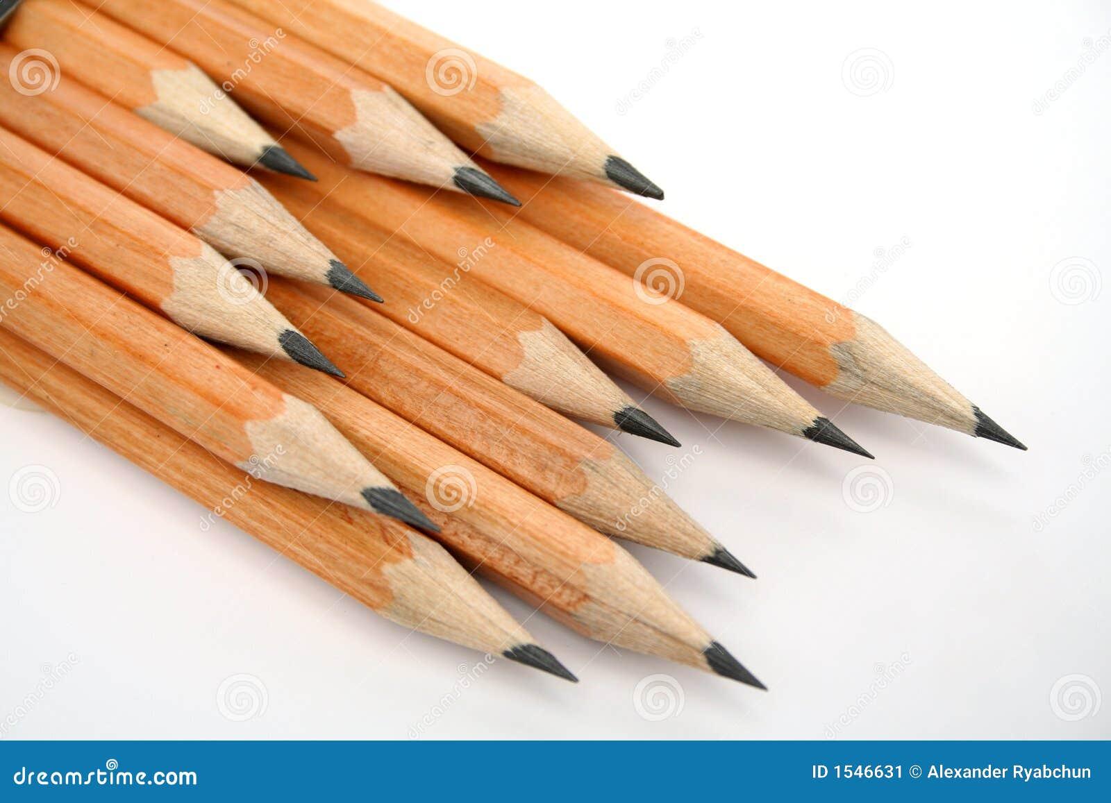 μολύβια που σχεδιάζουν καθορισμένο ξύλινο