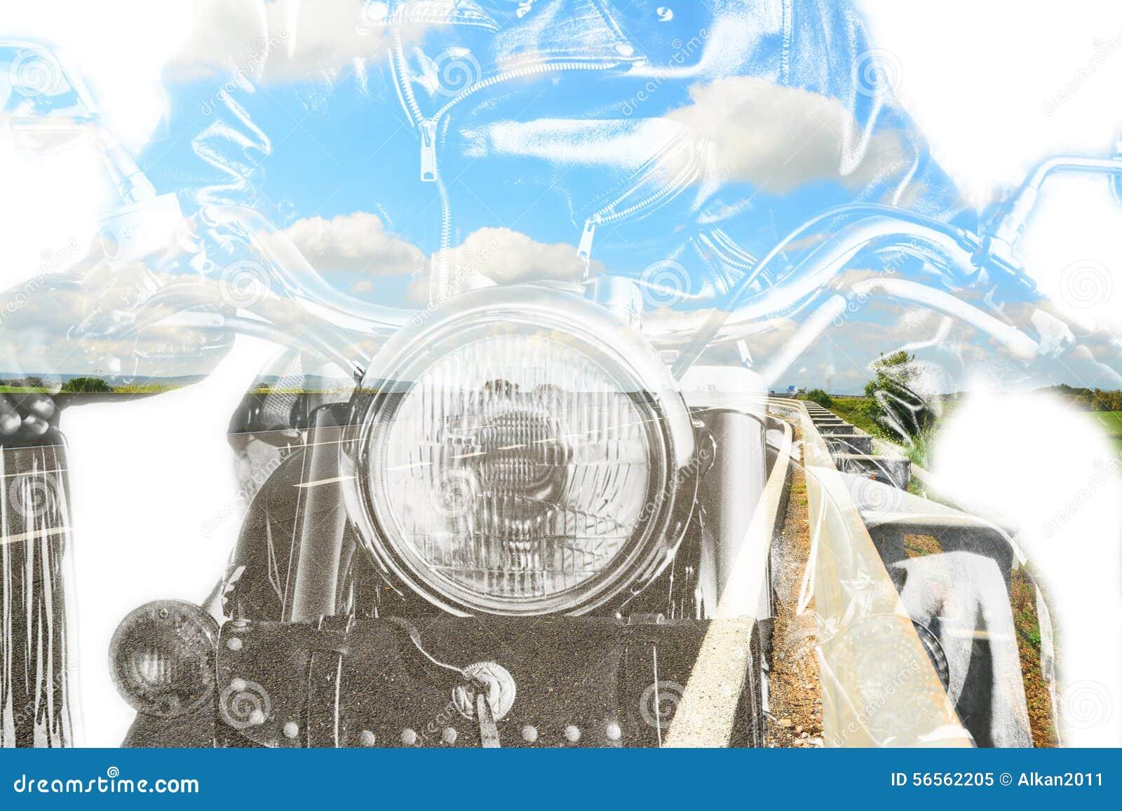 Download Μοτοσικλέτα και εθνική οδός στη διπλή έκθεση Στοκ Εικόνα - εικόνα από μεγαλόσχημων, έκθεση: 56562205