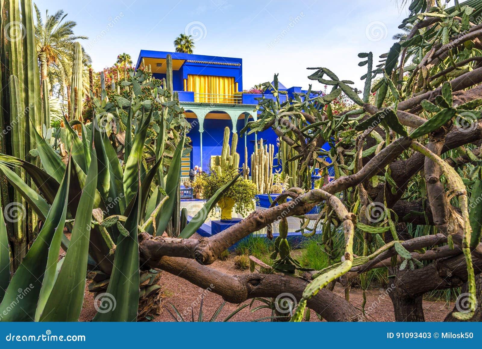 Μουσείο της ισλαμικής τέχνης, που χρωματίζεται στο μπλε Majorelle, στον κήπο Majorelle στο Μαρακές - το Μαρόκο