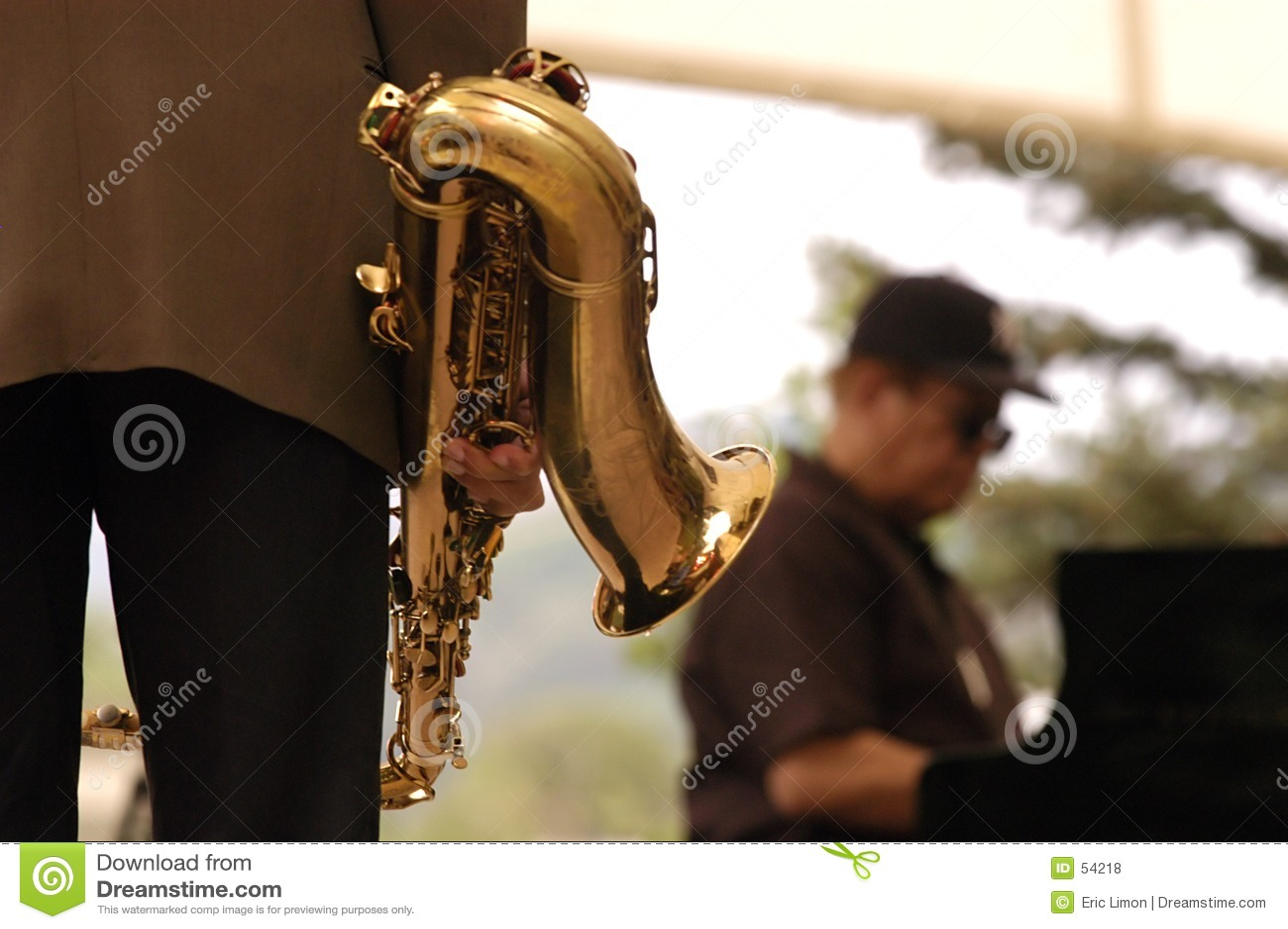 Download μουσική τζαζ 2 κέρατων στοκ εικόνες. εικόνα από μαύρα, μουσική - 54218