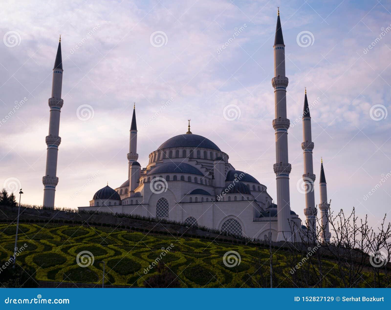 Μουσουλμανικό τέμενος Camlica από τις διαφορετικές γωνίες Φωτογραφία που λαμβάνεται στις 29 Μαρτίου 2019, Κωνσταντινούπολη, Τουρκ