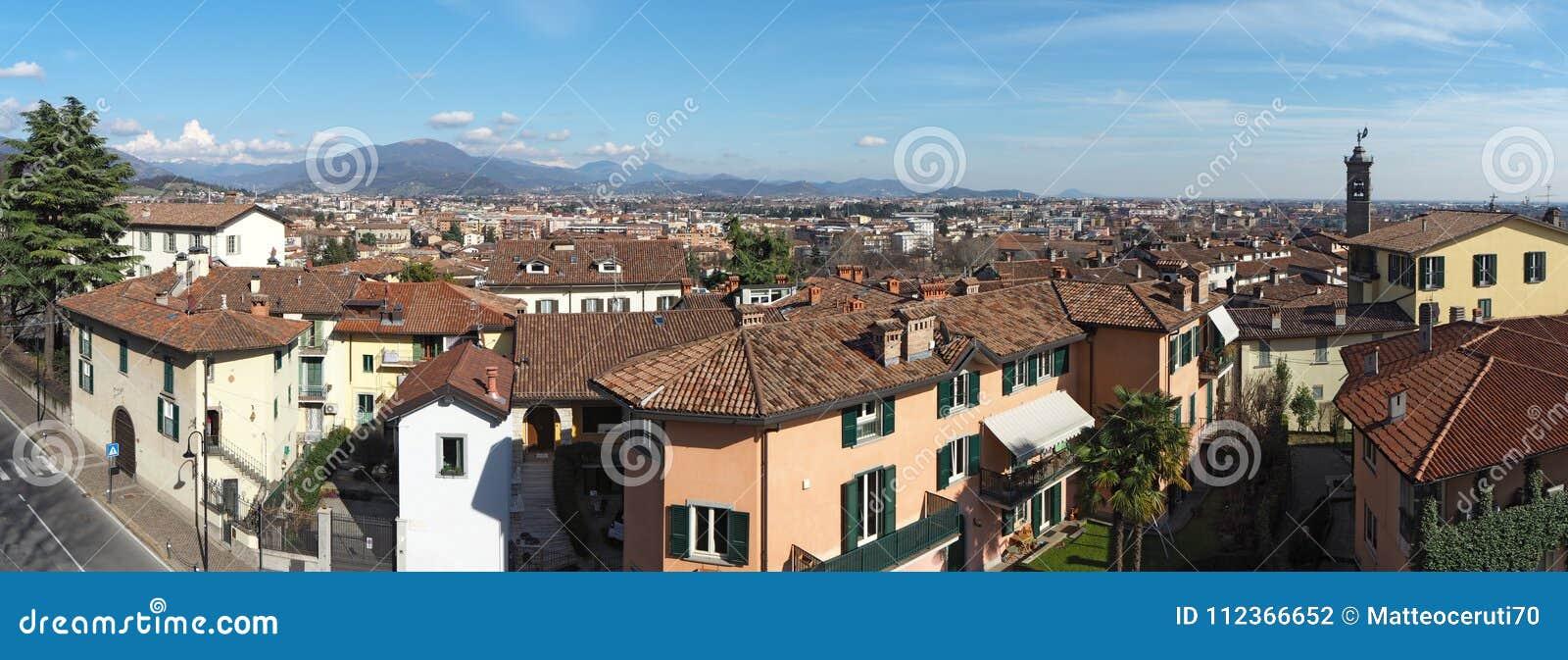 Μπέργκαμο Ιταλία E