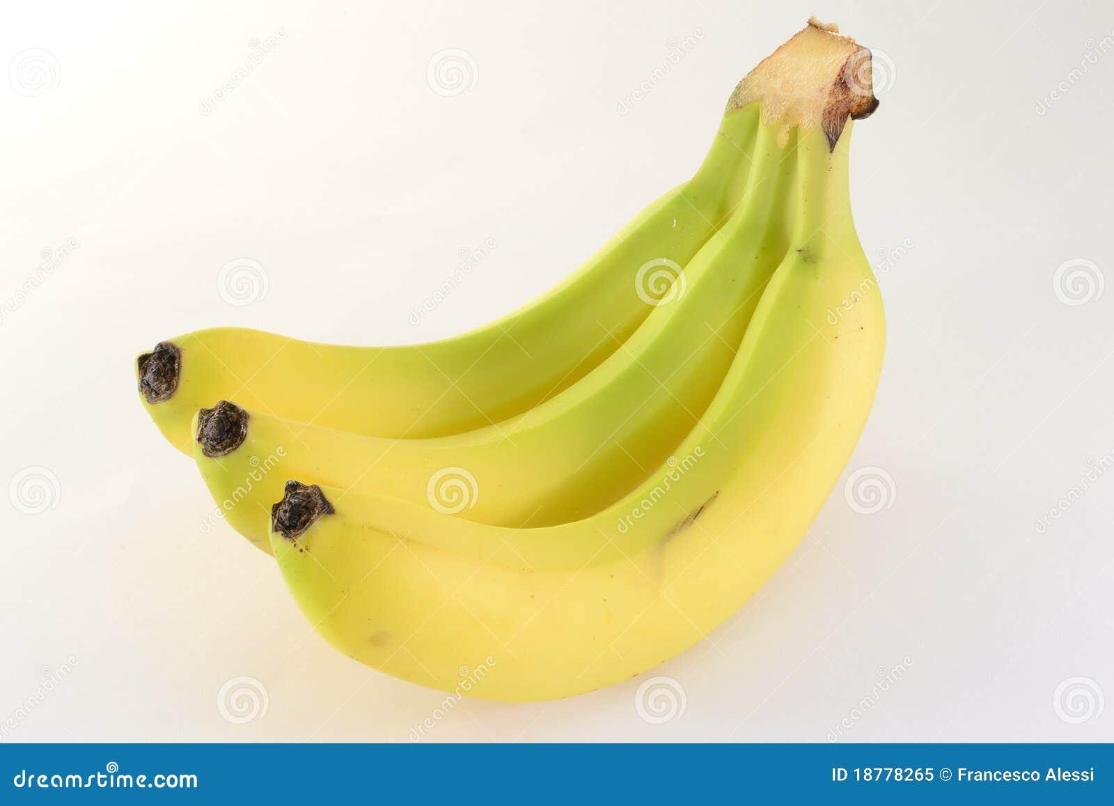 μπανάνες τρία
