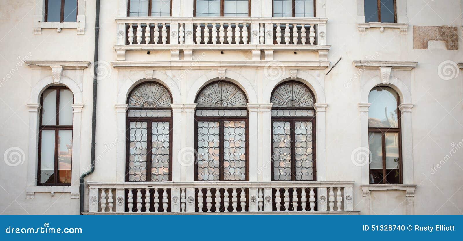 Μπαλκόνι Βενετία