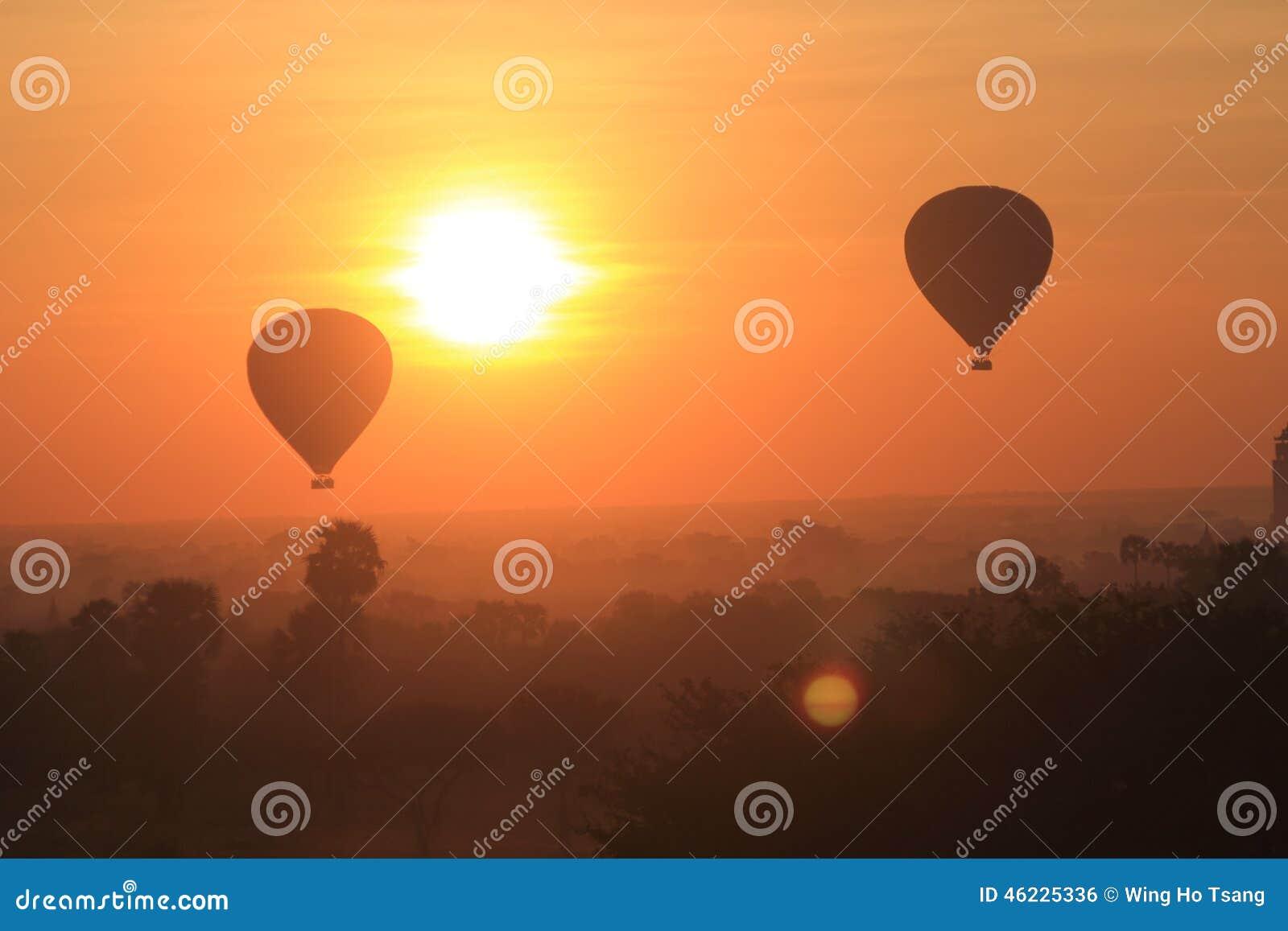 Μπαλόνι ζεστού αέρα σε Bagan