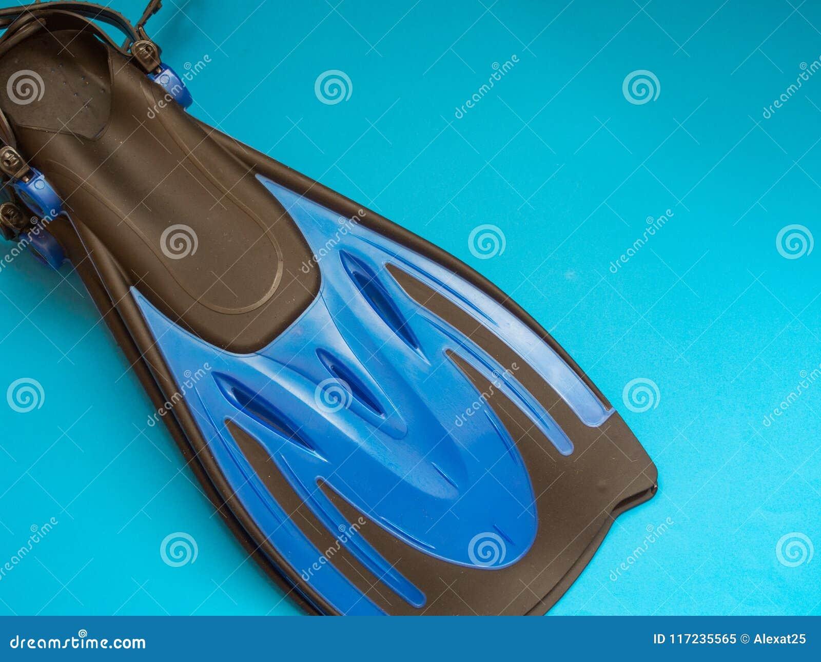 μπλε βατραχοπέδιλα