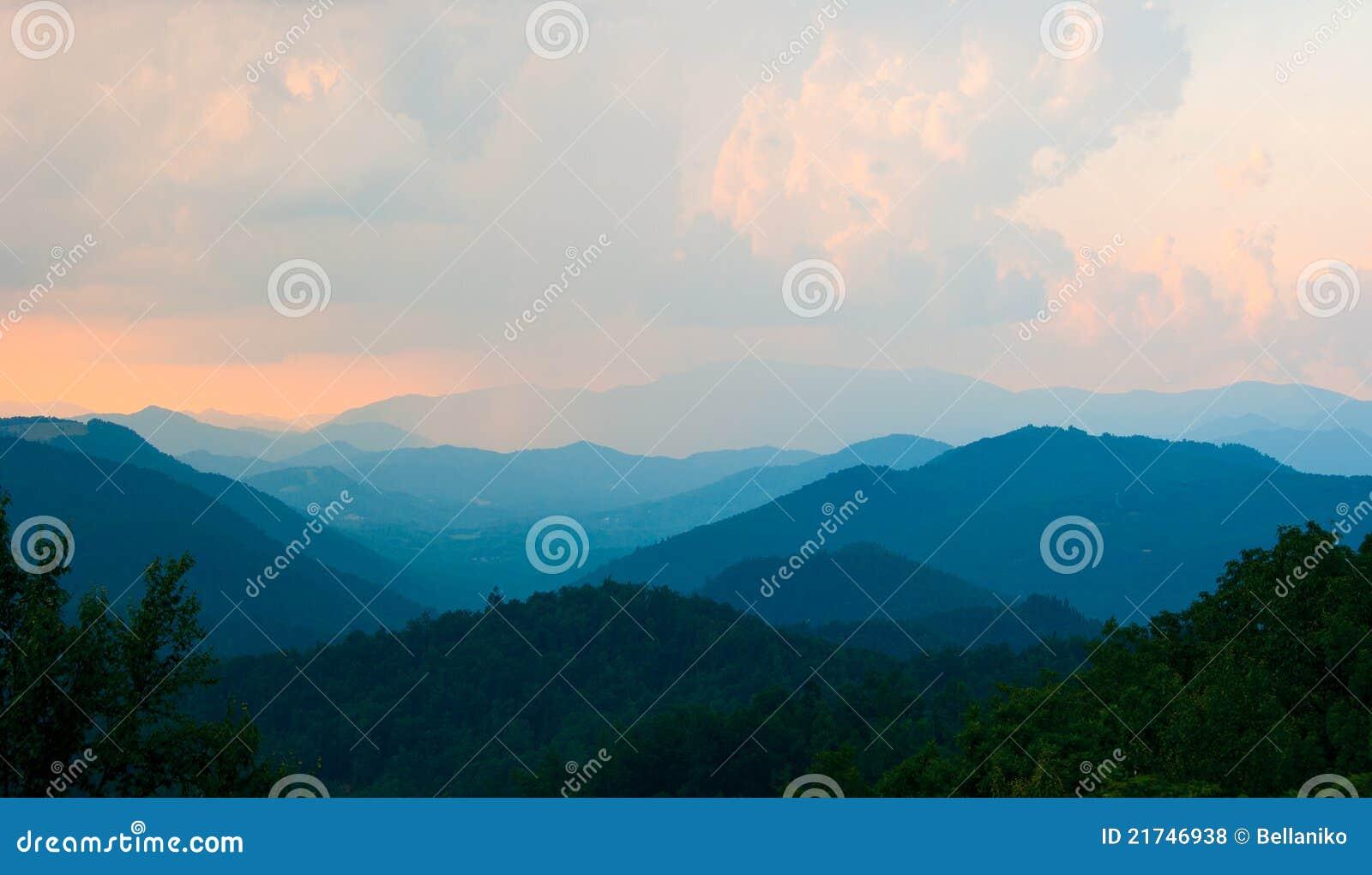 μπλε κορυφογραμμή βουνώ&n
