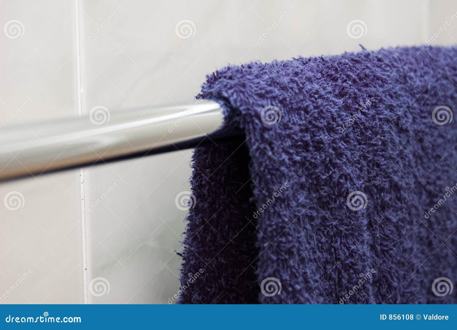 μπλε πετσέτα