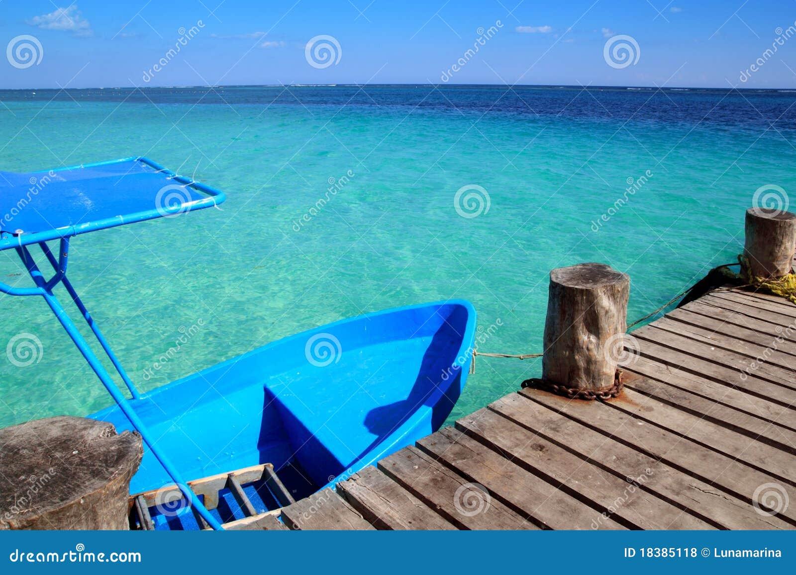 μπλε τροπικός ξύλινος απ&omicr