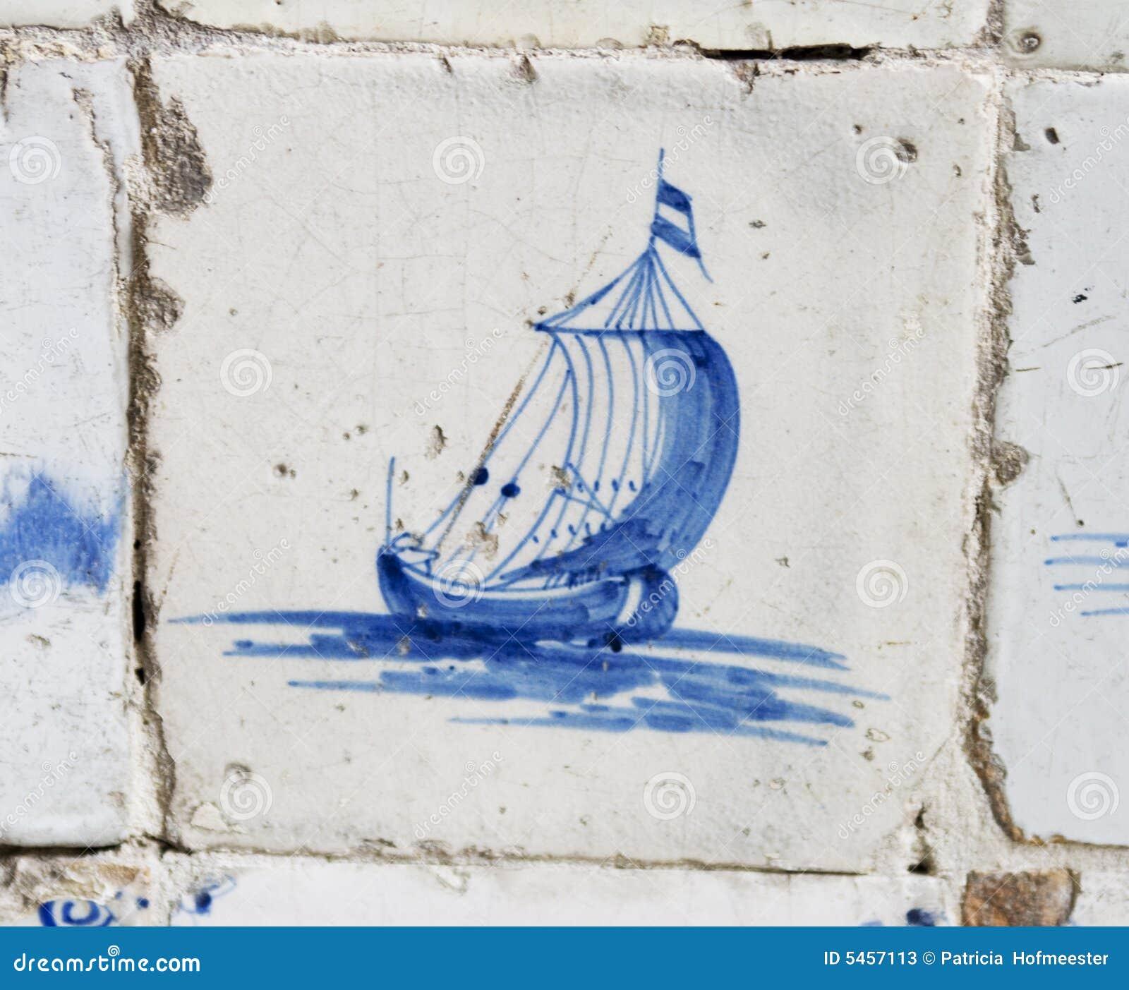 μπλε τρύγος κεραμιδιών σκαφών του Ντελφτ ολλανδικός πλέοντας