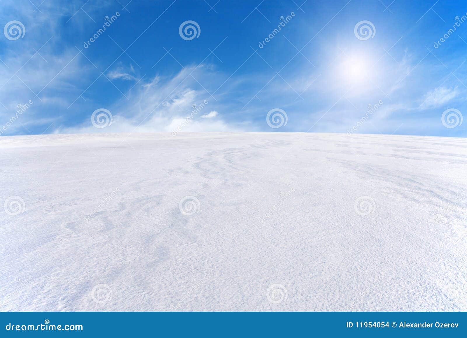 μπλε χιόνι ουρανού βουνών