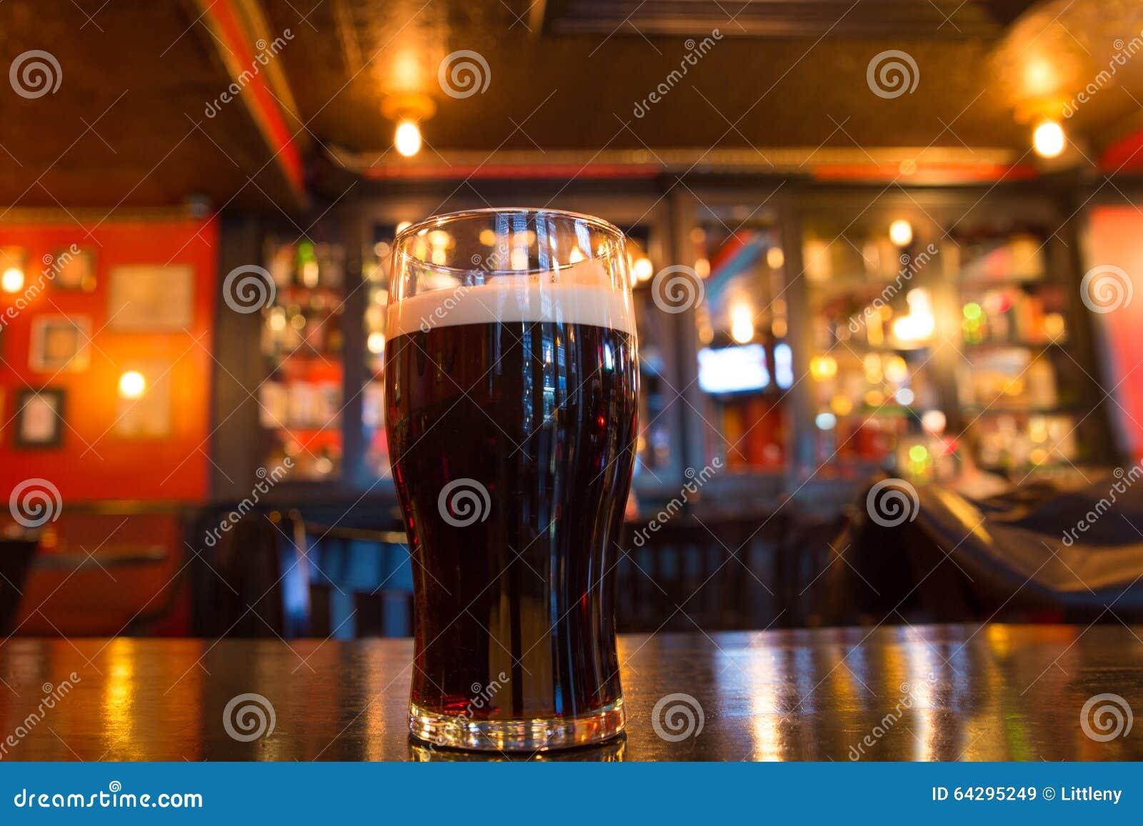 Μπύρα στο μπαρ