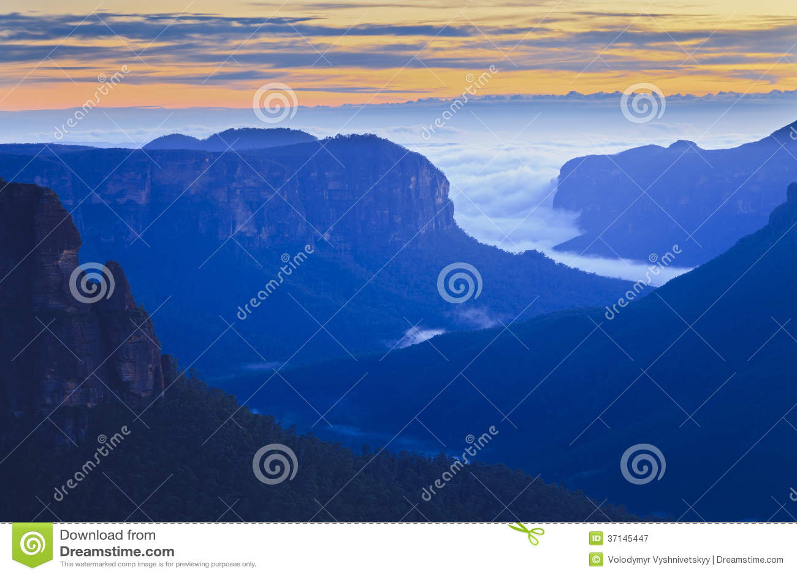 Μπλε διπλάσιο ανατολής πηδήματος Govett βουνών