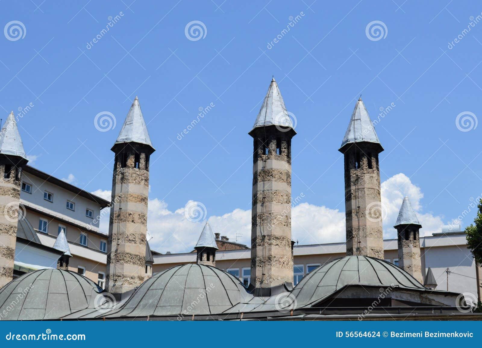 Download μπλε ουρανοξύστης ουρανού λεπτομερειών αρχιτεκτονικής Στοκ Εικόνες - εικόνα από λεπτομέρεια, αρχείο: 56564624