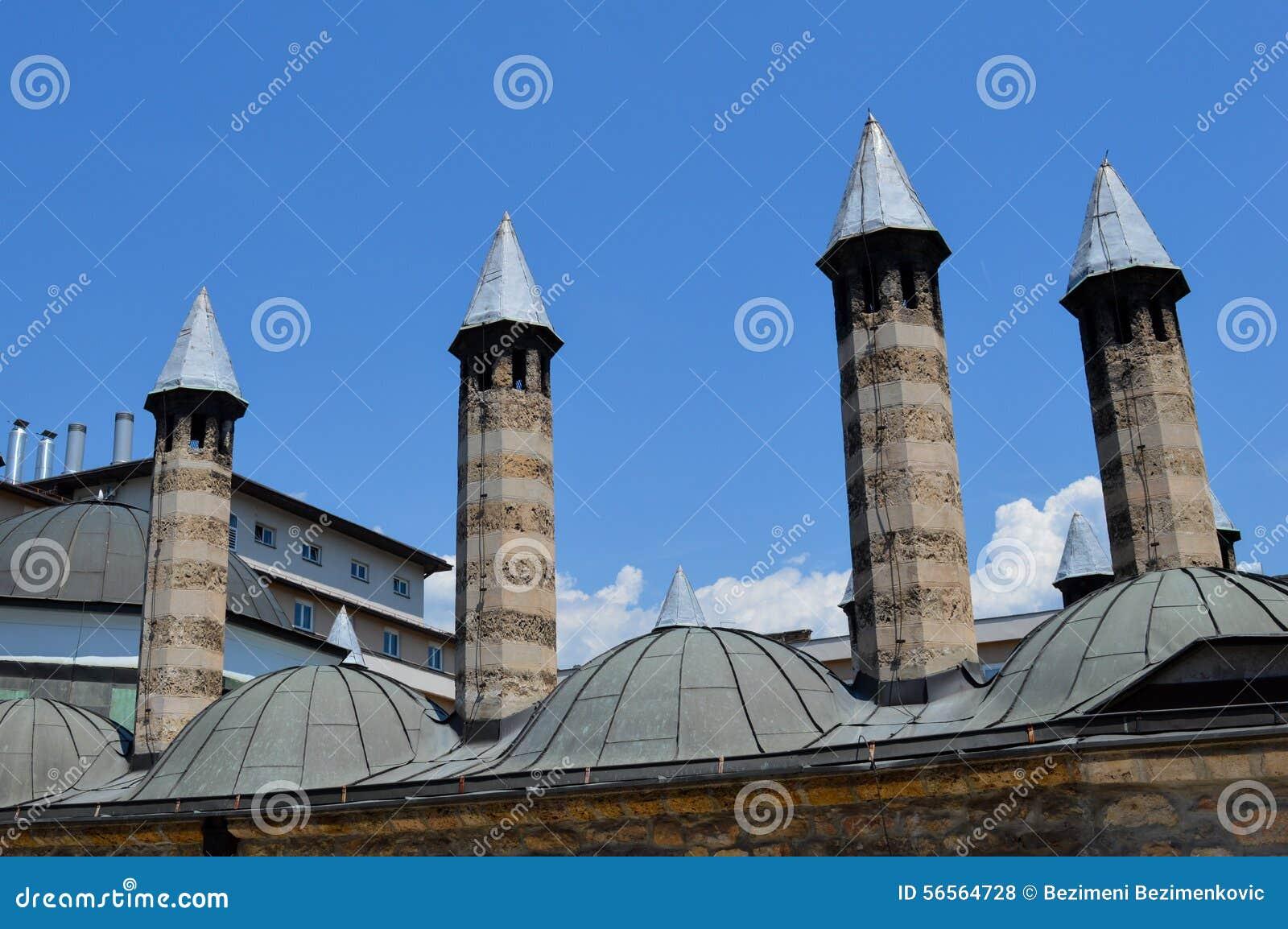 Download μπλε ουρανοξύστης ουρανού λεπτομερειών αρχιτεκτονικής Στοκ Εικόνες - εικόνα από κατασκευή, στοιχείο: 56564728
