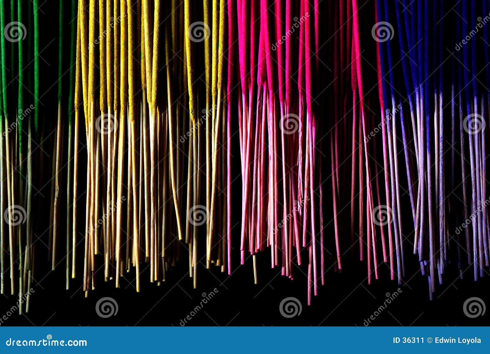 μυρωδιές χρωμάτων