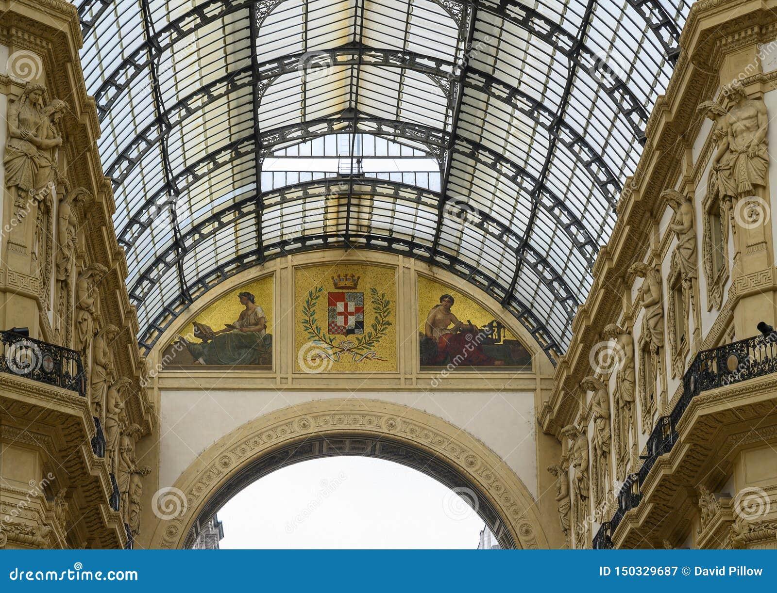 Μωσαϊκό στο Galleria Vittorio Emanuele ΙΙ παλαιότερη λεωφόρος αγορών του Μιλάνου, Ιταλίας