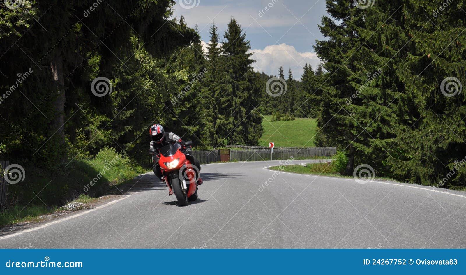 μόνος γρήγορος δρόμος μοτοσικλετών