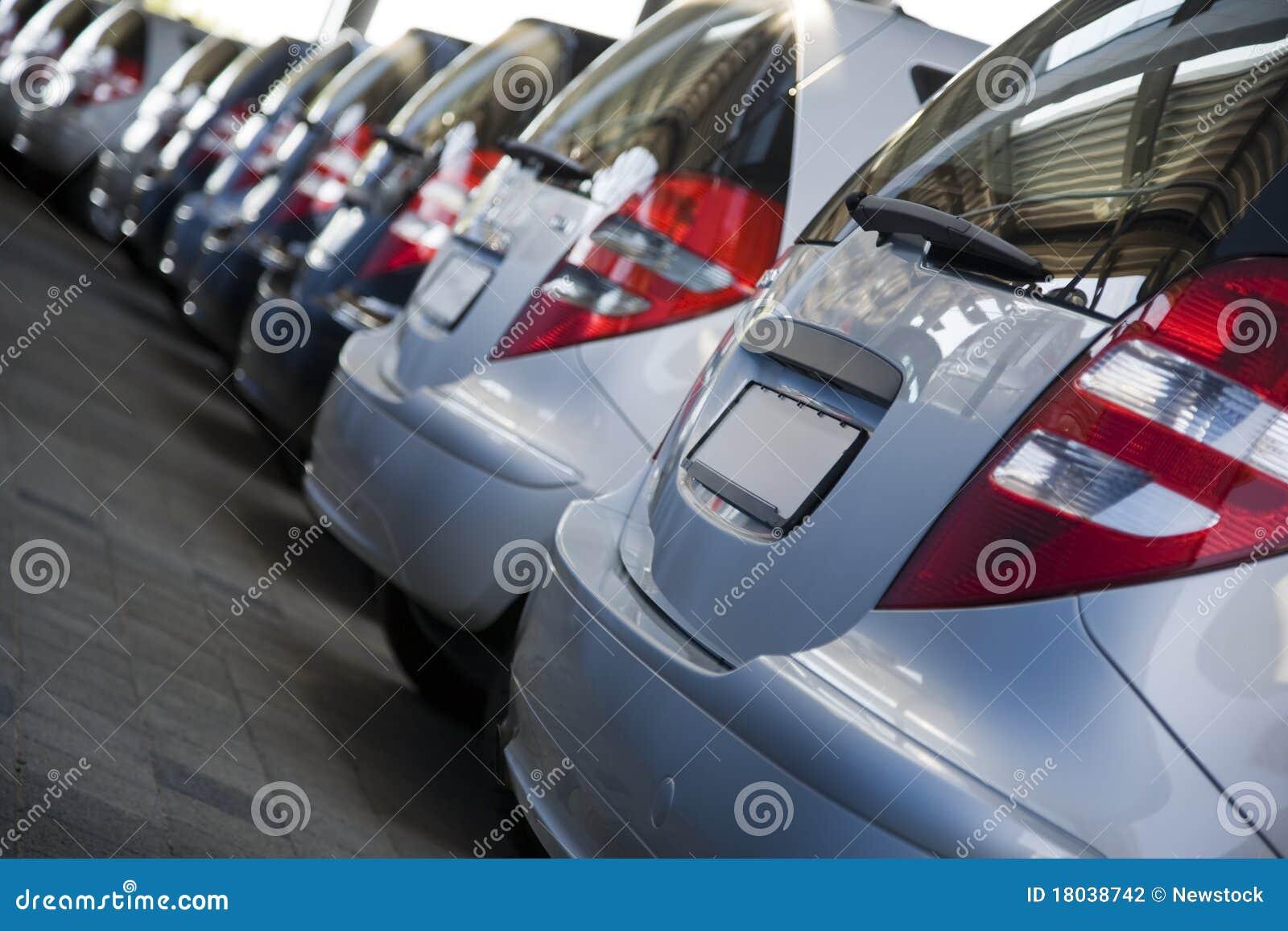 νέα σειρά αυτοκινήτων εμπ&omicr