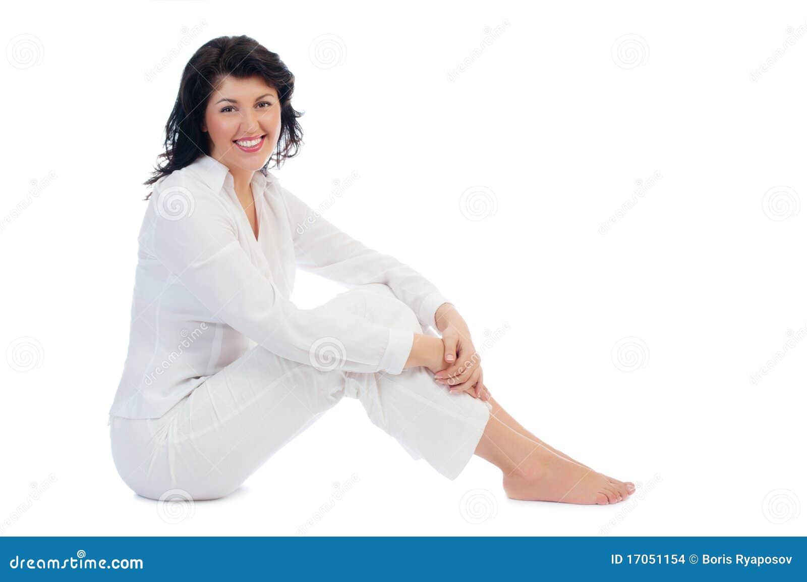 Νέα συνεδρίαση γυναικών χαμόγελου στο πάτωμα