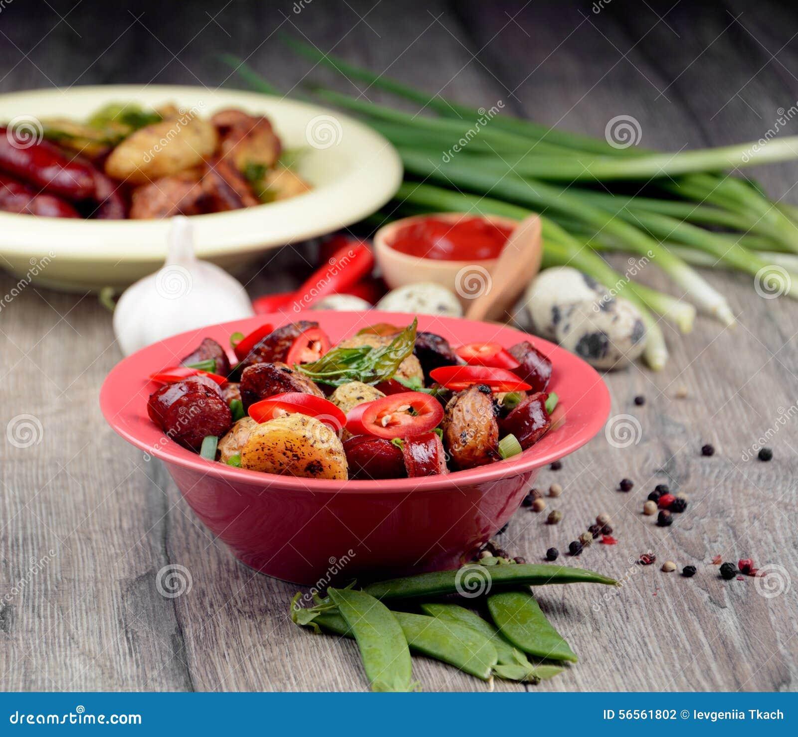 Download Νέα ψημένη ψημένη πατάτα στοκ εικόνες. εικόνα από πιάτο - 56561802