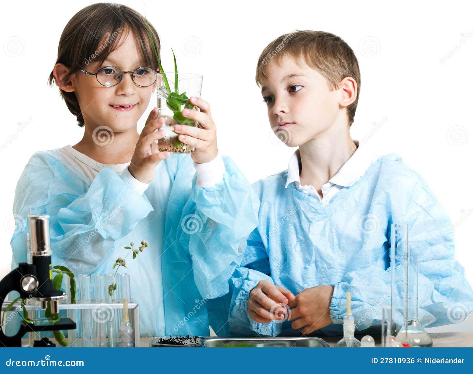 Νέοι επιστήμονες