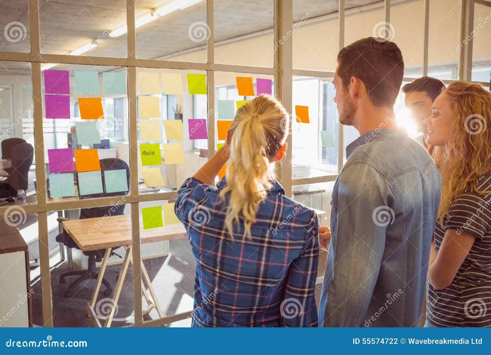 Νέοι δημιουργικοί επιχειρηματίες