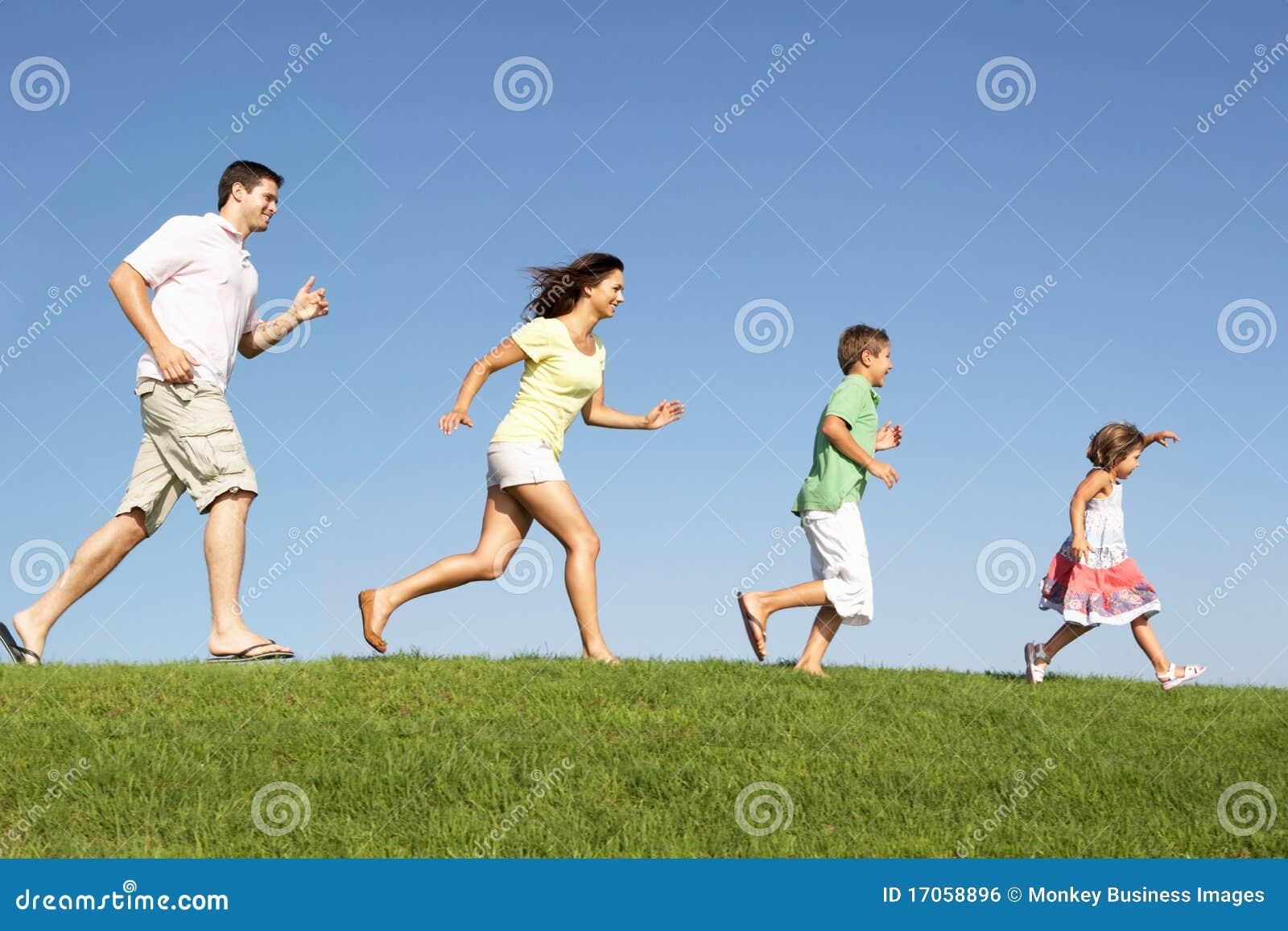 Νέοι οικογένεια, πρόγονοι και παιδιά,